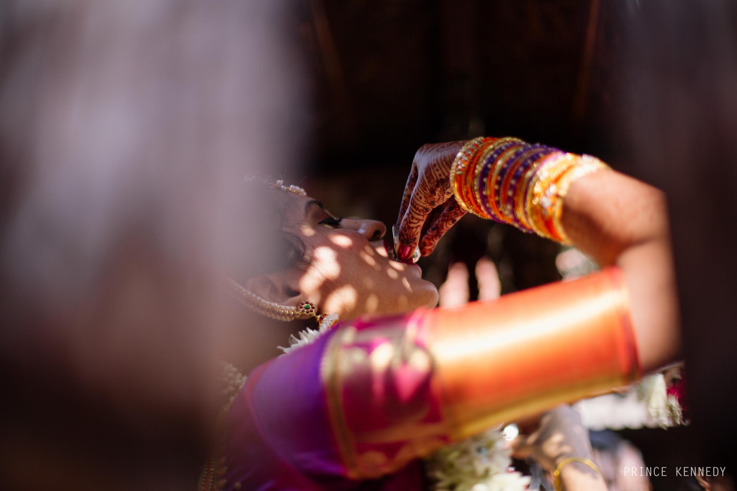 Athmajja-Nithesh-Engagement-Couple-Portrait-Portraiture-Wedding-Couple-Portrait-Chennai-Photographer-Candid-Photography-Destination-Best-Prince-Kennedy-Photography-157.jpg