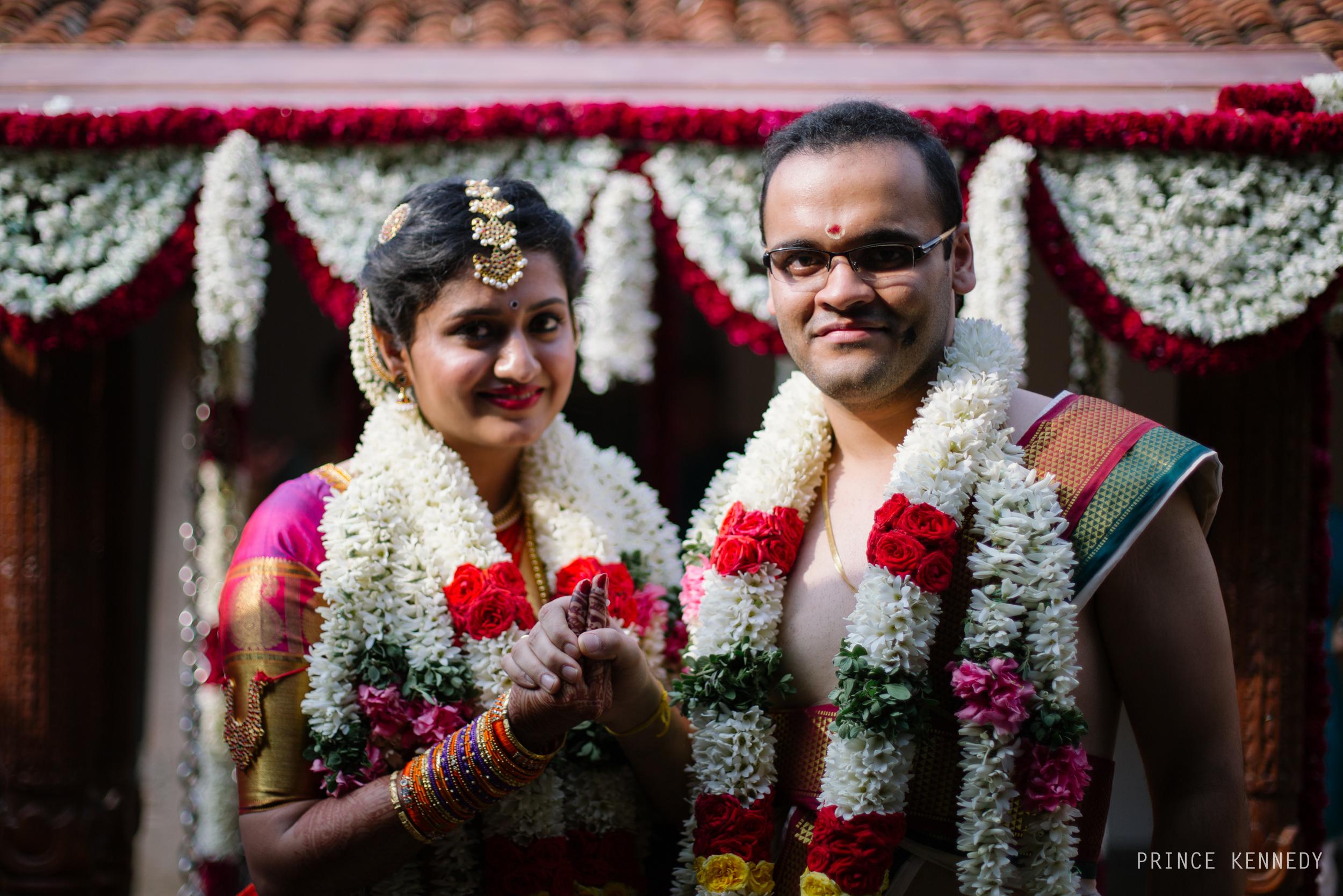 Athmajja-Nithesh-Engagement-Couple-Portrait-Portraiture-Wedding-Couple-Portrait-Chennai-Photographer-Candid-Photography-Destination-Best-Prince-Kennedy-Photography-191.jpg