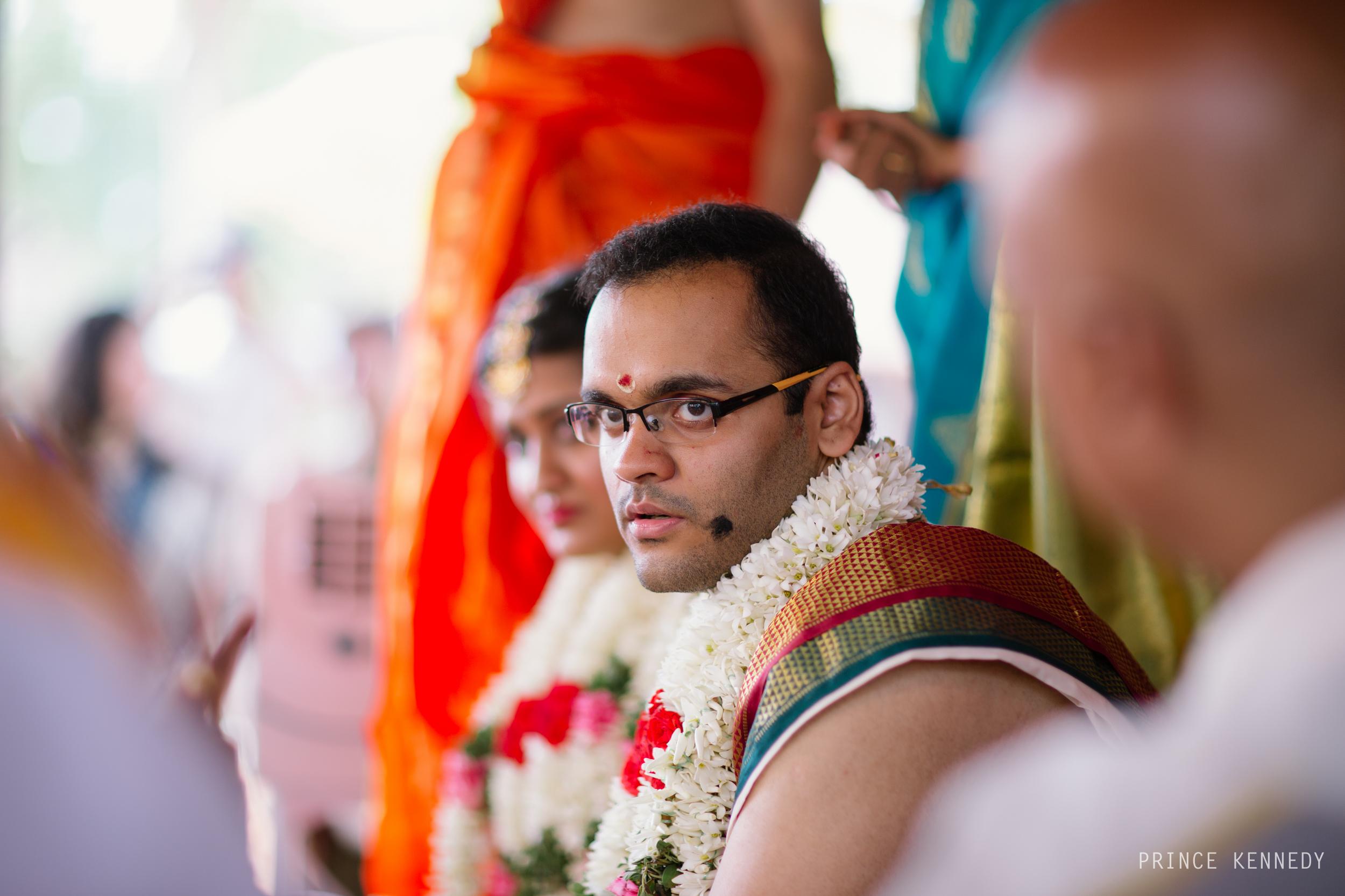 Athmajja-Nithesh-Engagement-Couple-Portrait-Portraiture-Wedding-Couple-Portrait-Chennai-Photographer-Candid-Photography-Destination-Best-Prince-Kennedy-Photography-208.jpg