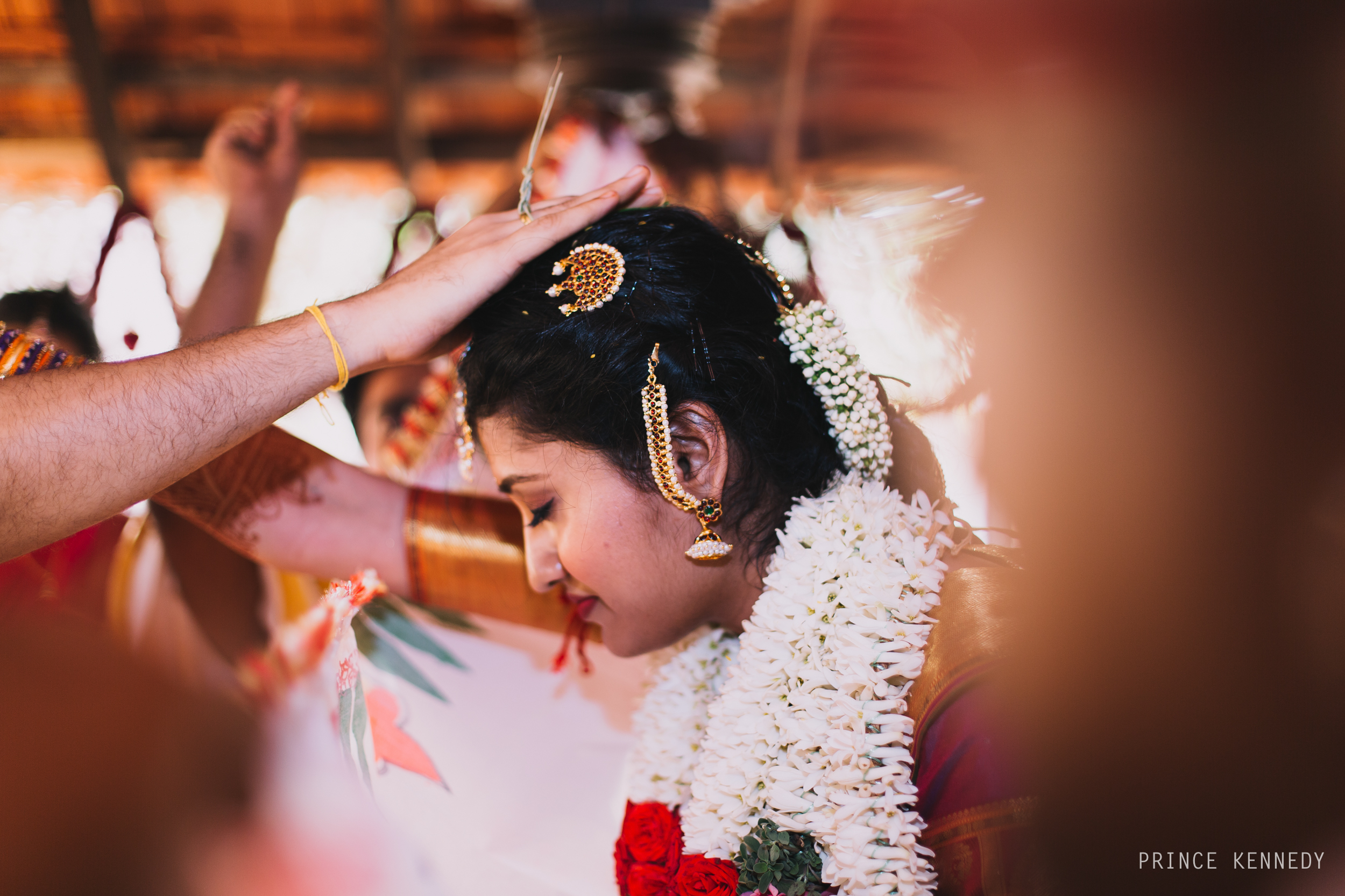 Athmajja-Nithesh-Engagement-Couple-Portrait-Portraiture-Wedding-Couple-Portrait-Chennai-Photographer-Candid-Photography-Destination-Best-Prince-Kennedy-Photography-242.jpg