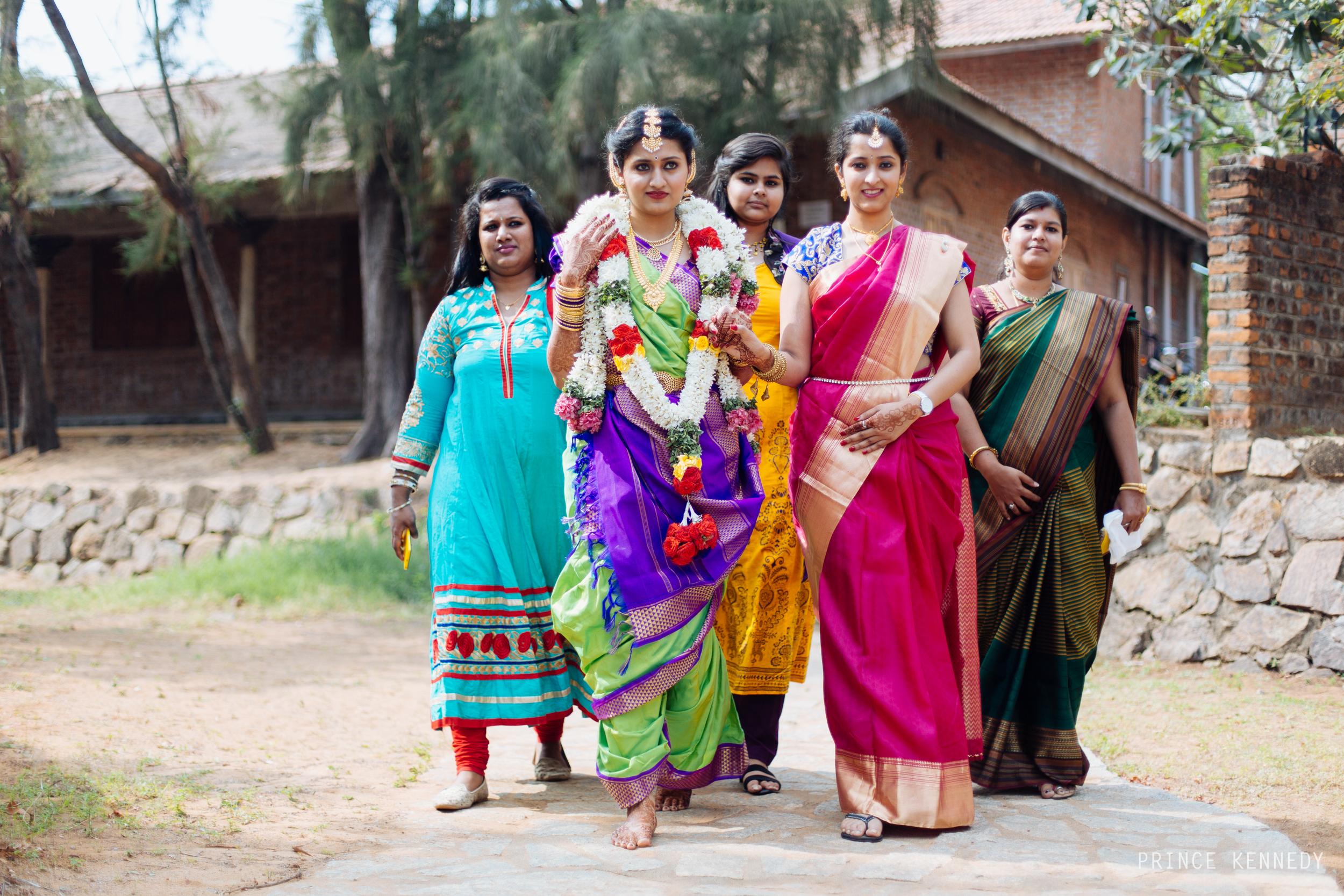 Athmajja-Nithesh-Engagement-Couple-Portrait-Portraiture-Wedding-Couple-Portrait-Chennai-Photographer-Candid-Photography-Destination-Best-Prince-Kennedy-Photography-260.jpg