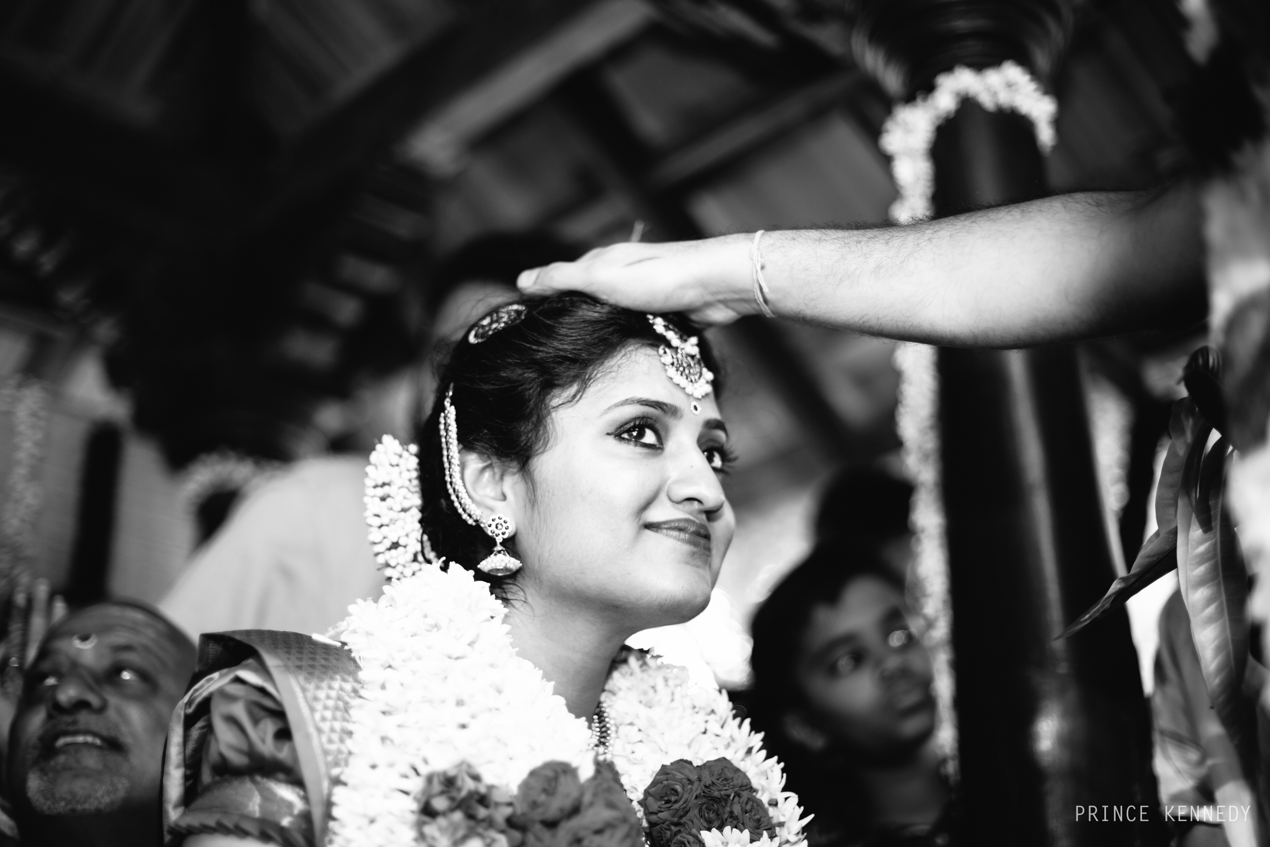 Athmajja-Nithesh-Engagement-Couple-Portrait-Portraiture-Wedding-Couple-Portrait-Chennai-Photographer-Candid-Photography-Destination-Best-Prince-Kennedy-Photography-279.jpg