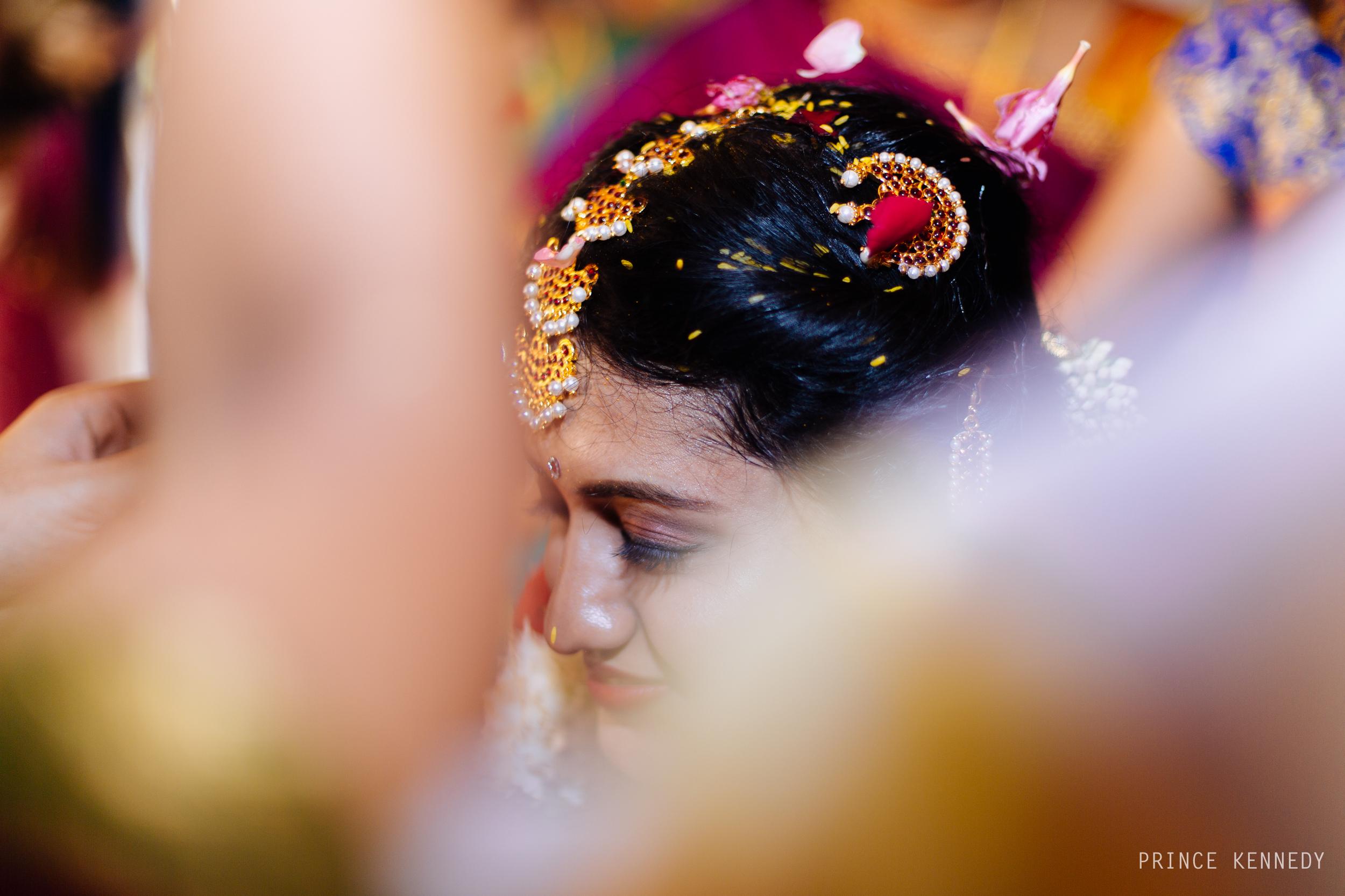 Athmajja-Nithesh-Engagement-Couple-Portrait-Portraiture-Wedding-Couple-Portrait-Chennai-Photographer-Candid-Photography-Destination-Best-Prince-Kennedy-Photography-290.jpg