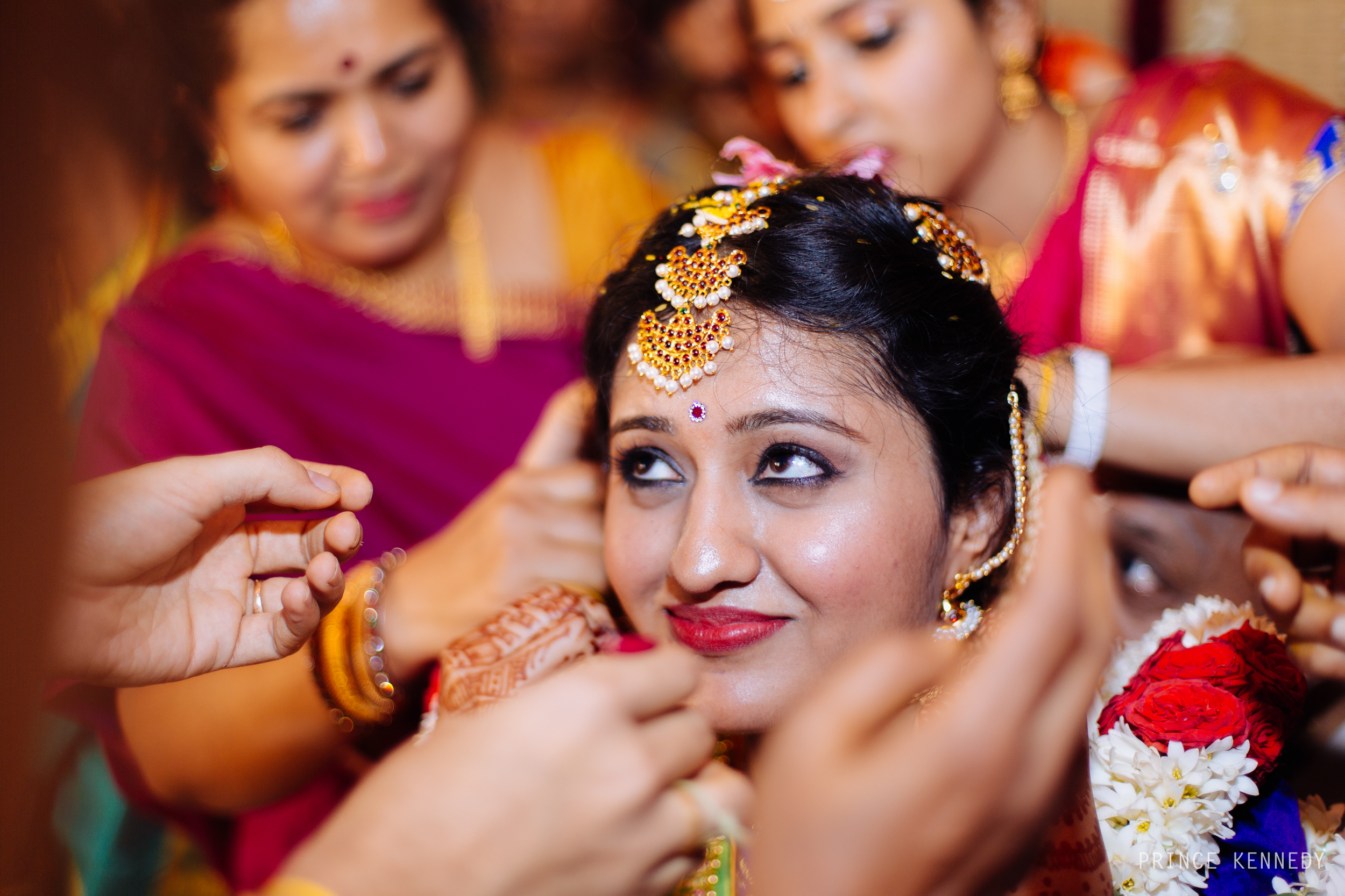 Athmajja-Nithesh-Engagement-Couple-Portrait-Portraiture-Wedding-Couple-Portrait-Chennai-Photographer-Candid-Photography-Destination-Best-Prince-Kennedy-Photography-298.jpg