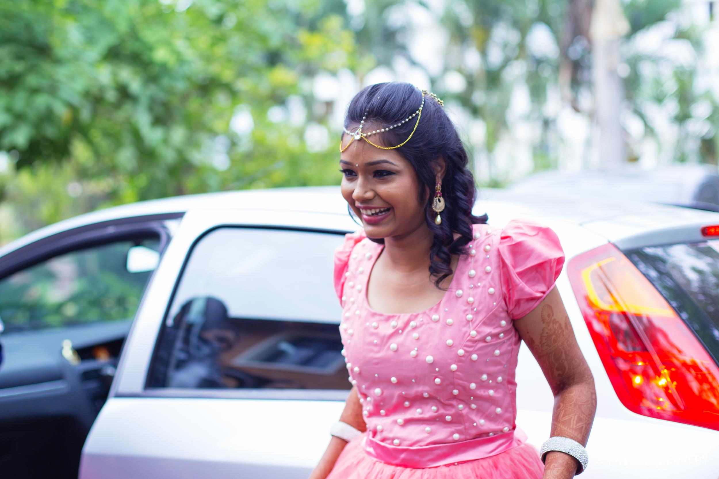 Engagement-Couple-Portrait-Portraiture-Wedding-Couple-Portrait-Chennai-Photographer-Candid-Photography-Destination-Best-Prince-Kennedy-Photography-3.jpg