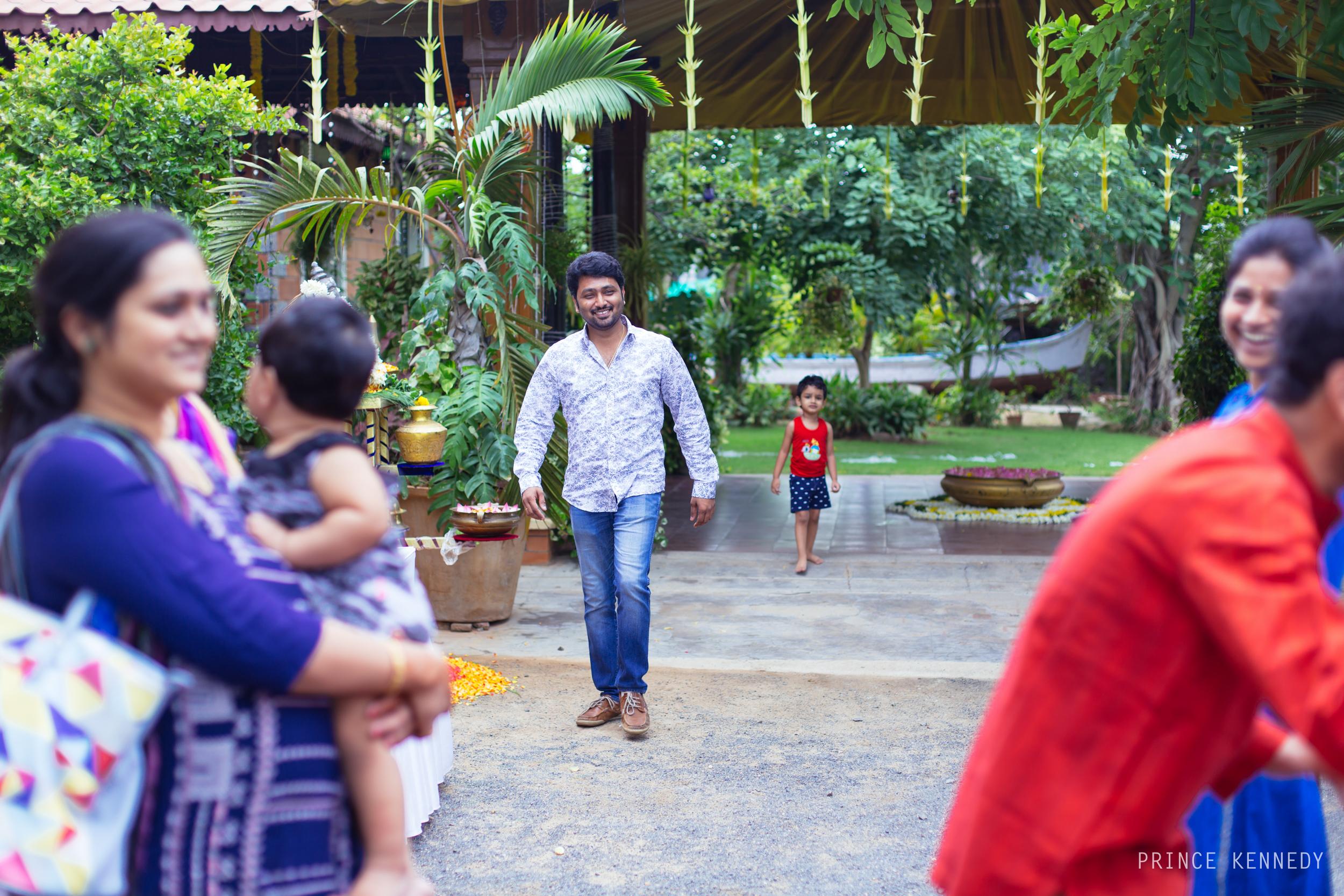 Engagement-Couple-Portrait-Portraiture-Wedding-Couple-Portrait-Chennai-Photographer-Candid-Photography-Destination-Best-Prince-Kennedy-Photography-7.jpg