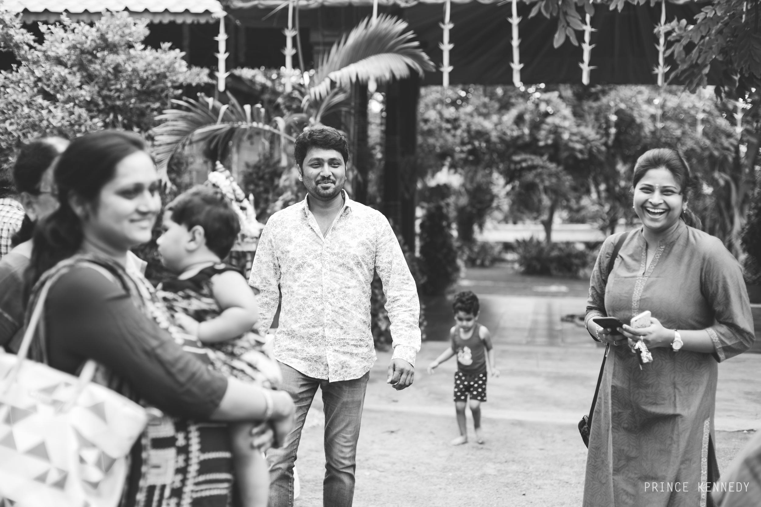 Engagement-Couple-Portrait-Portraiture-Wedding-Couple-Portrait-Chennai-Photographer-Candid-Photography-Destination-Best-Prince-Kennedy-Photography-8.jpg