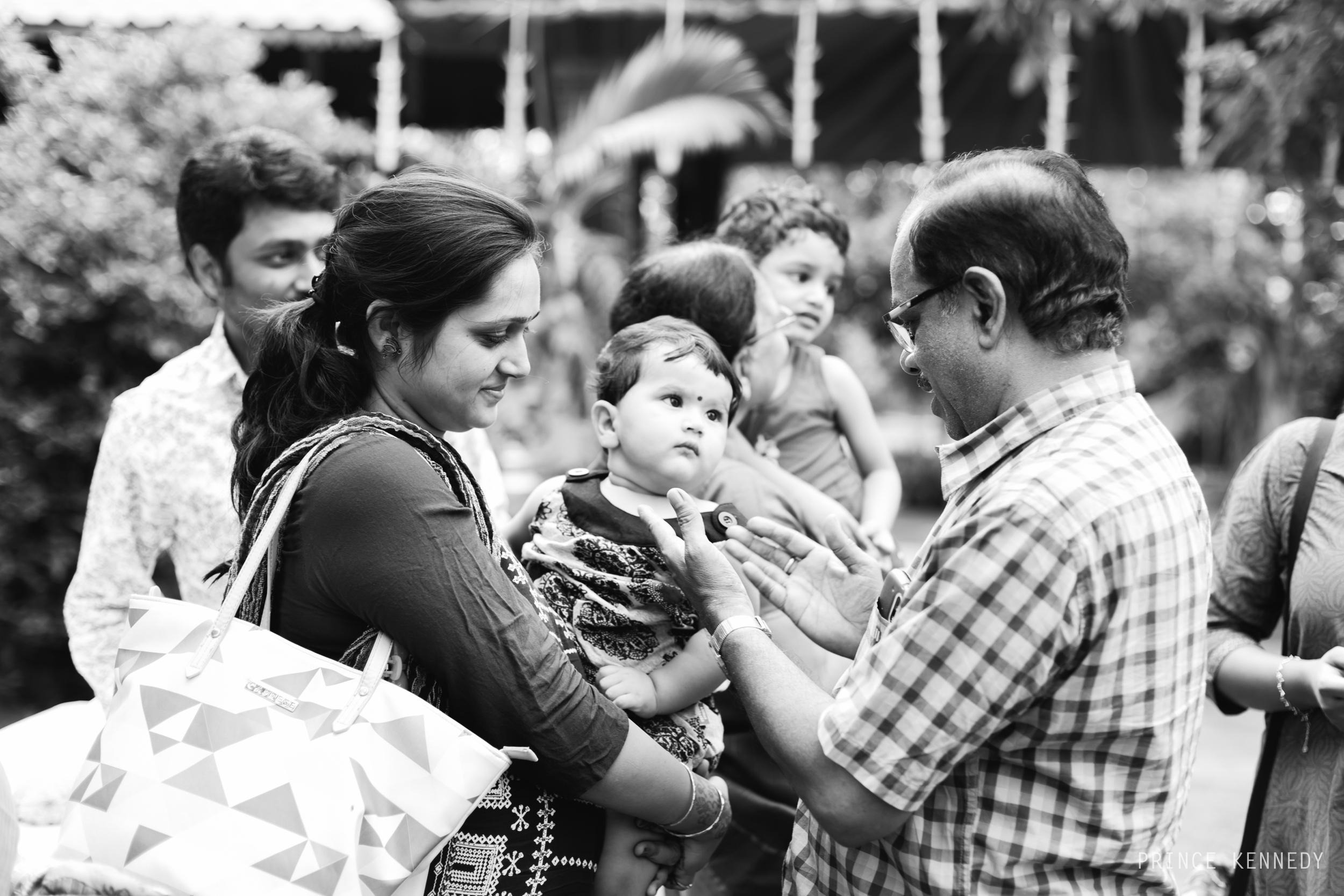 Engagement-Couple-Portrait-Portraiture-Wedding-Couple-Portrait-Chennai-Photographer-Candid-Photography-Destination-Best-Prince-Kennedy-Photography-12.jpg