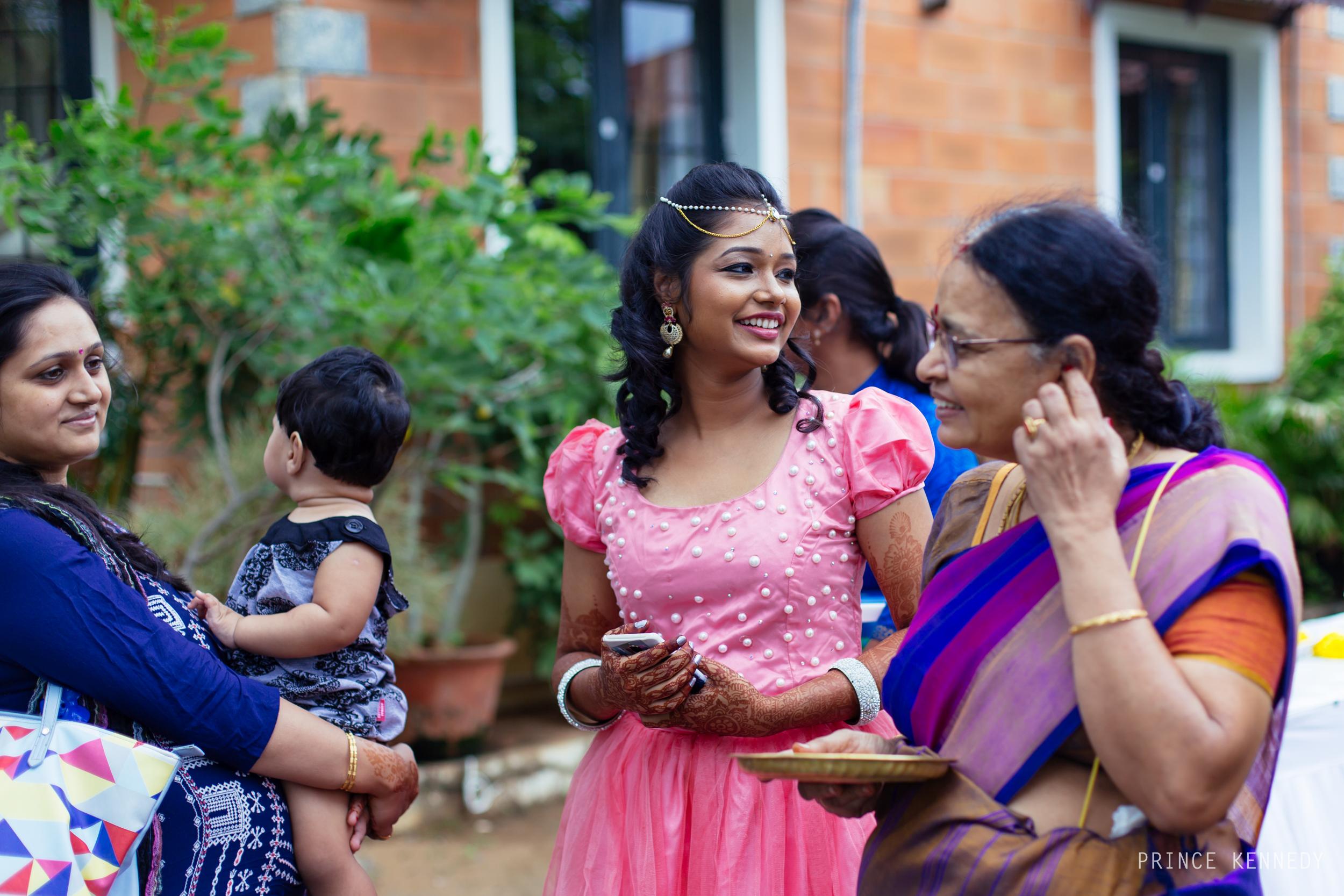 Engagement-Couple-Portrait-Portraiture-Wedding-Couple-Portrait-Chennai-Photographer-Candid-Photography-Destination-Best-Prince-Kennedy-Photography-30.jpg