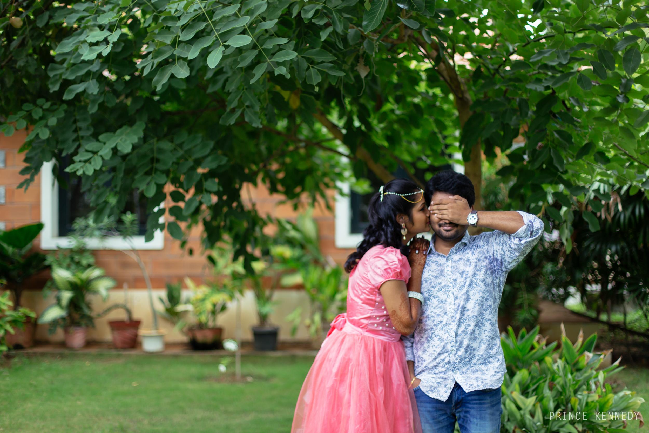 Engagement-Couple-Portrait-Portraiture-Wedding-Couple-Portrait-Chennai-Photographer-Candid-Photography-Destination-Best-Prince-Kennedy-Photography-52.jpg