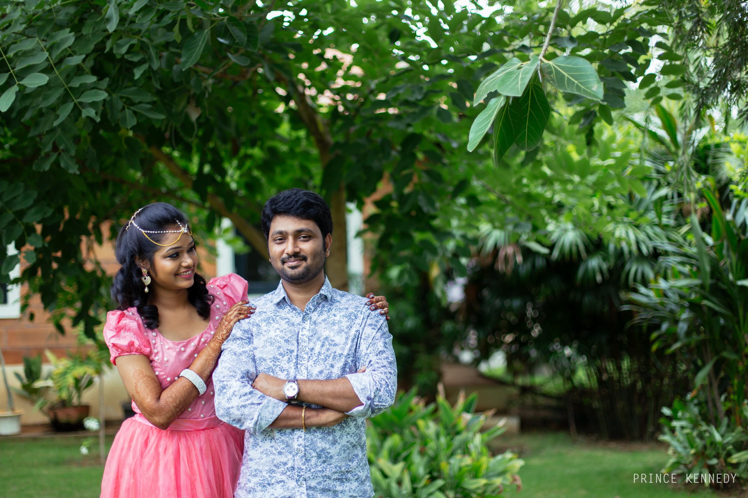 Engagement-Couple-Portrait-Portraiture-Wedding-Couple-Portrait-Chennai-Photographer-Candid-Photography-Destination-Best-Prince-Kennedy-Photography-54.jpg