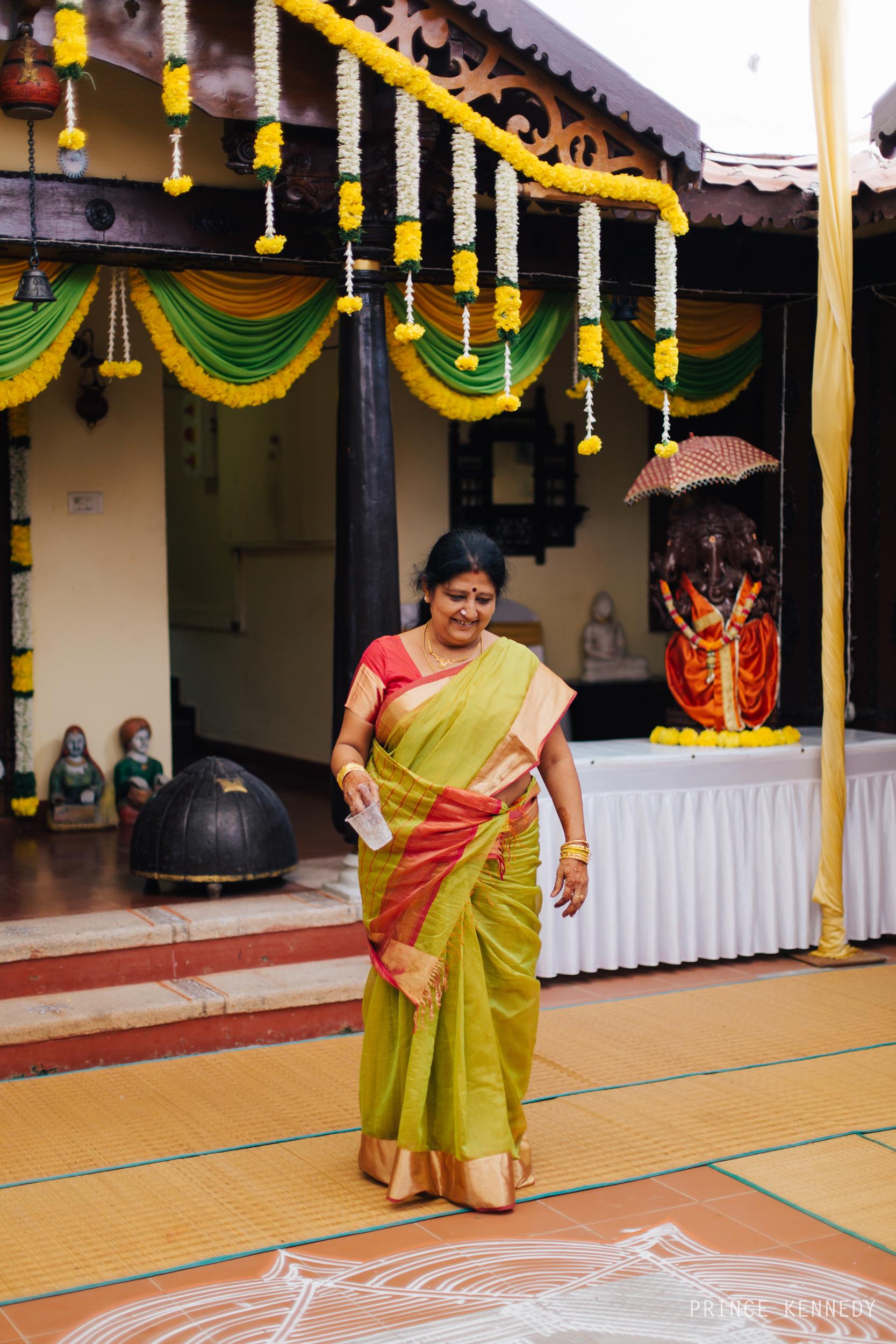 Engagement-Couple-Portrait-Portraiture-Wedding-Couple-Portrait-Chennai-Photographer-Candid-Photography-Destination-Best-Prince-Kennedy-Photography-56.jpg