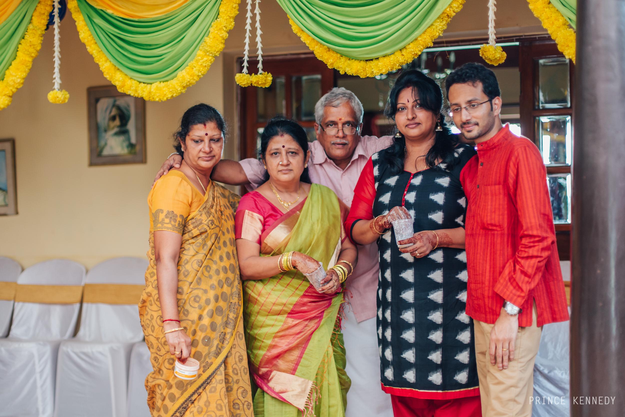 Engagement-Couple-Portrait-Portraiture-Wedding-Couple-Portrait-Chennai-Photographer-Candid-Photography-Destination-Best-Prince-Kennedy-Photography-59.jpg