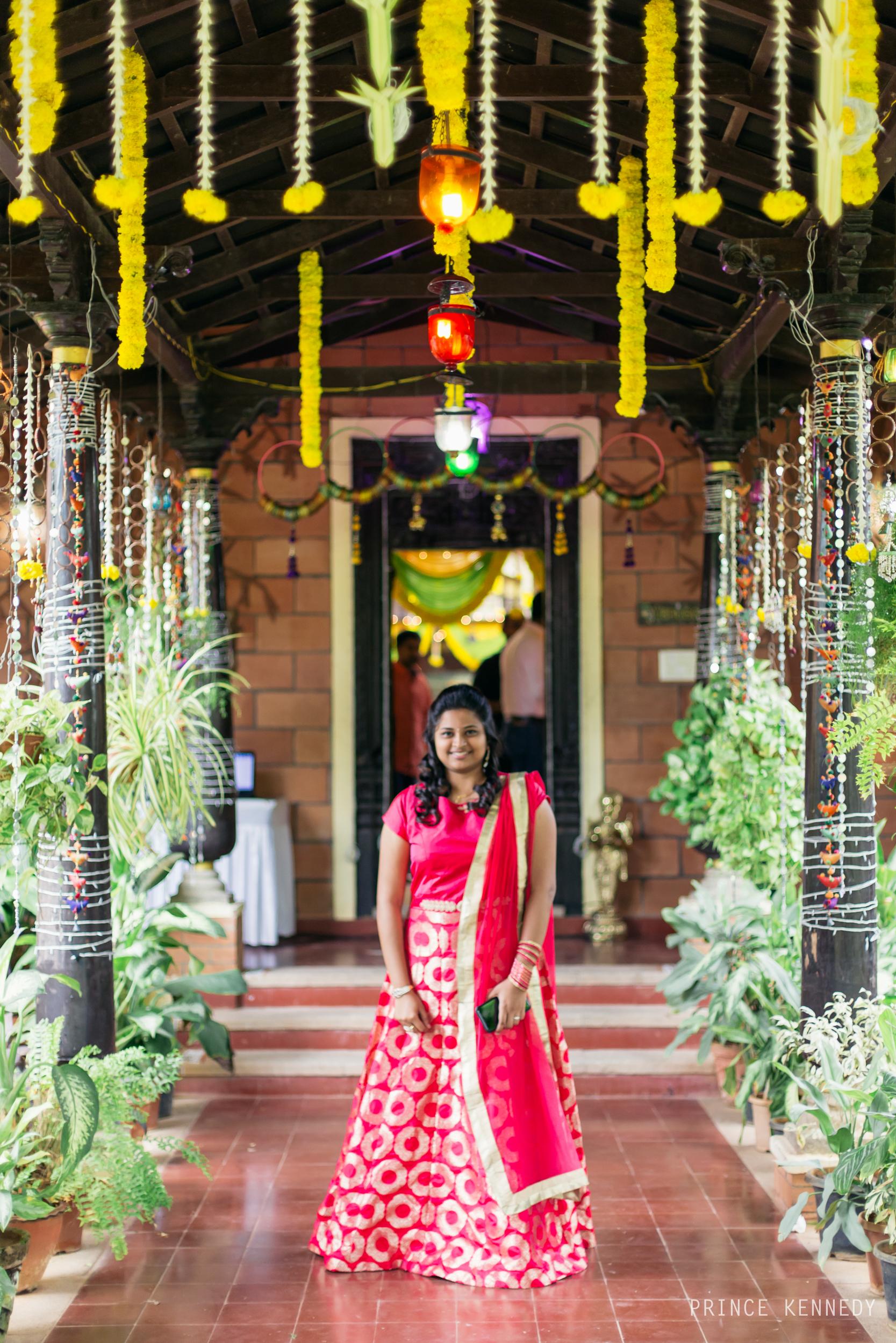 Engagement-Couple-Portrait-Portraiture-Wedding-Couple-Portrait-Chennai-Photographer-Candid-Photography-Destination-Best-Prince-Kennedy-Photography-92.jpg