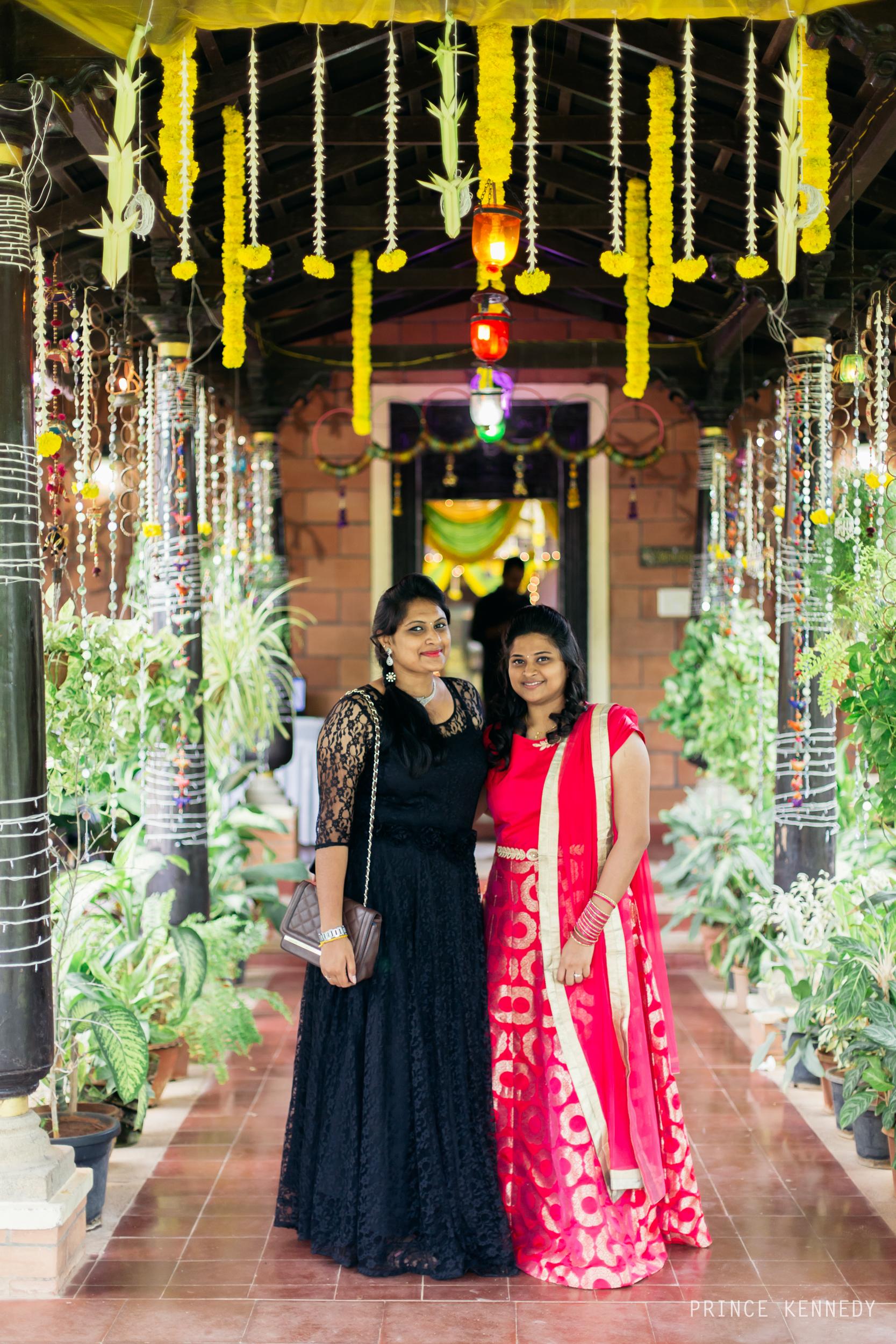 Engagement-Couple-Portrait-Portraiture-Wedding-Couple-Portrait-Chennai-Photographer-Candid-Photography-Destination-Best-Prince-Kennedy-Photography-93.jpg