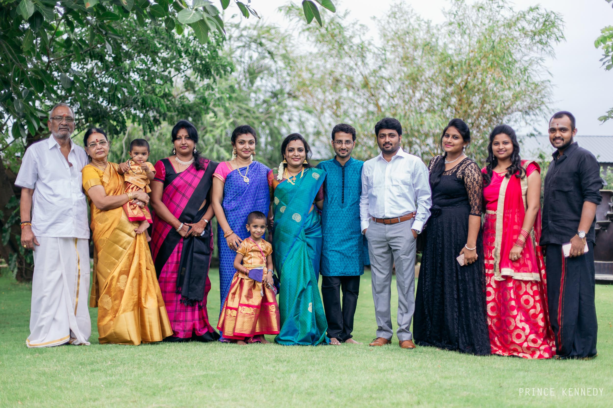 Engagement-Couple-Portrait-Portraiture-Wedding-Couple-Portrait-Chennai-Photographer-Candid-Photography-Destination-Best-Prince-Kennedy-Photography-115.jpg