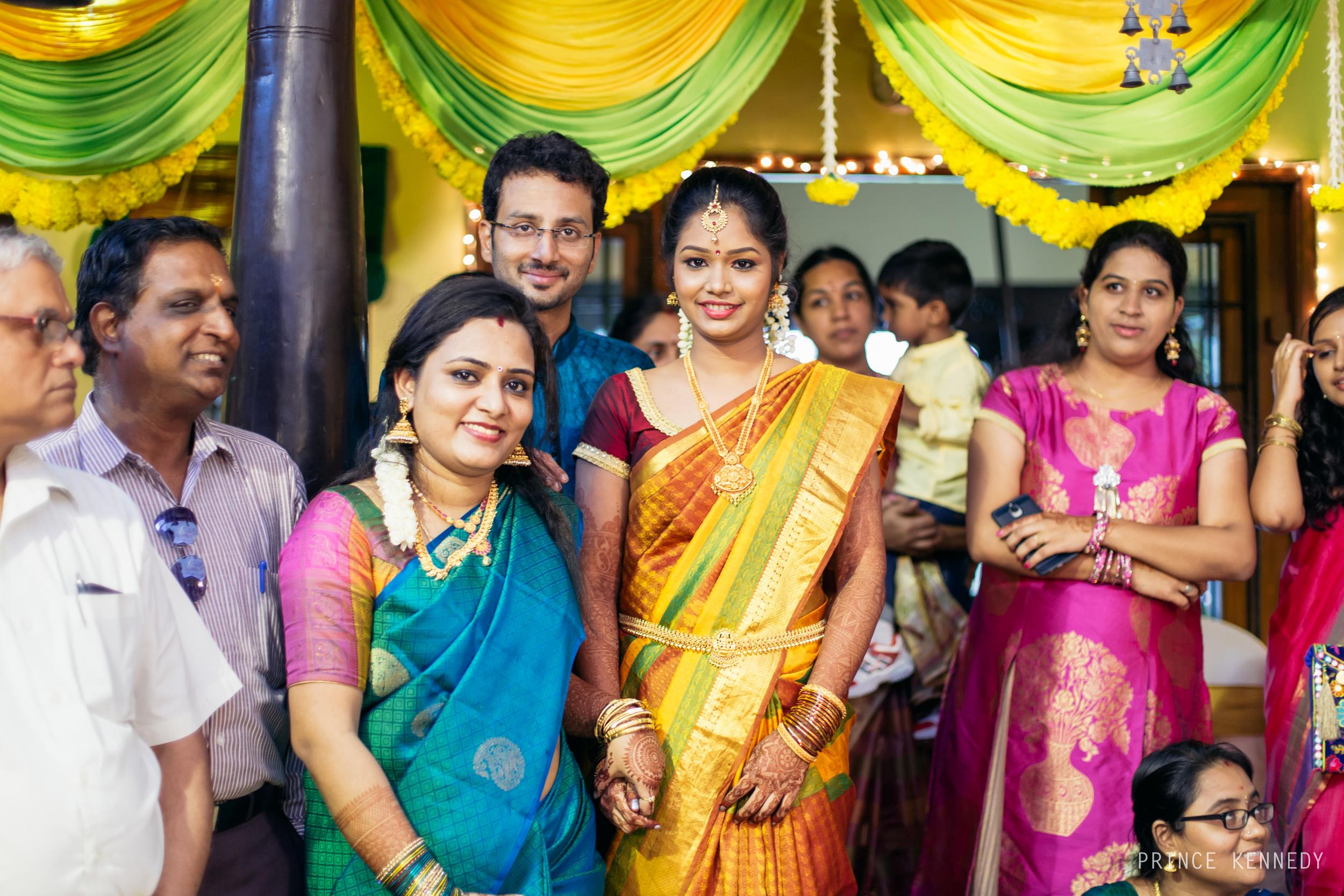 Engagement-Couple-Portrait-Portraiture-Wedding-Couple-Portrait-Chennai-Photographer-Candid-Photography-Destination-Best-Prince-Kennedy-Photography-146.jpg