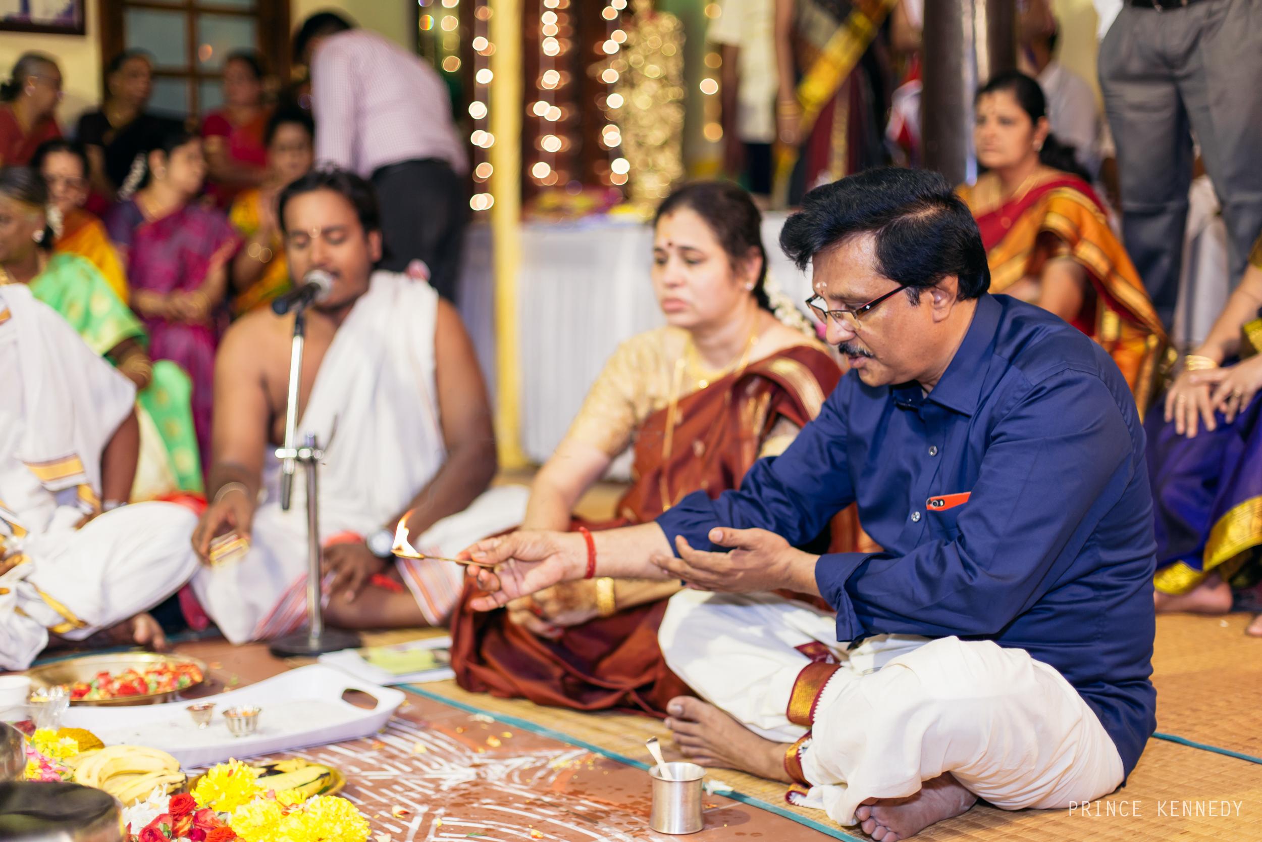 Engagement-Couple-Portrait-Portraiture-Wedding-Couple-Portrait-Chennai-Photographer-Candid-Photography-Destination-Best-Prince-Kennedy-Photography-170.jpg