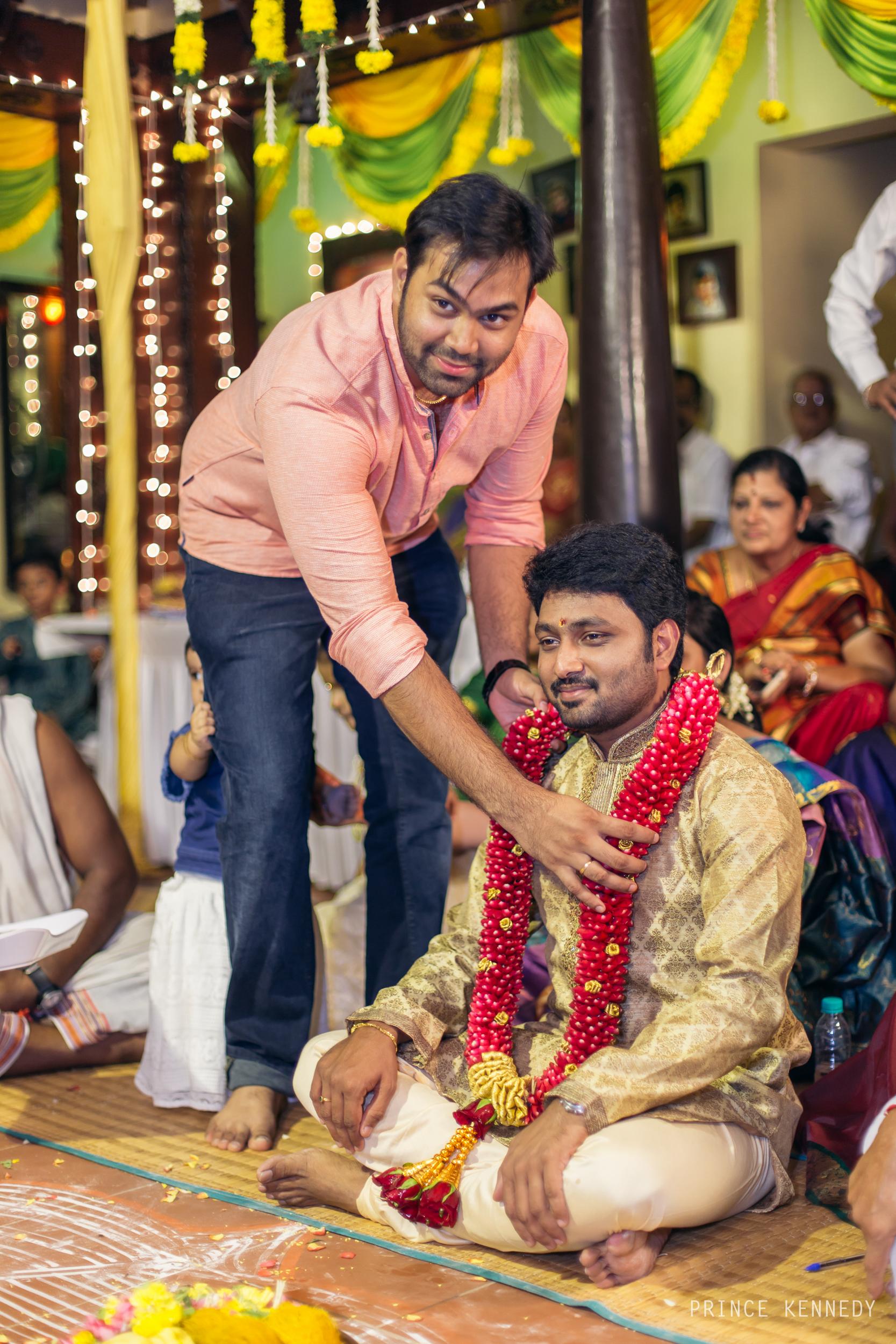 Engagement-Couple-Portrait-Portraiture-Wedding-Couple-Portrait-Chennai-Photographer-Candid-Photography-Destination-Best-Prince-Kennedy-Photography-202.jpg