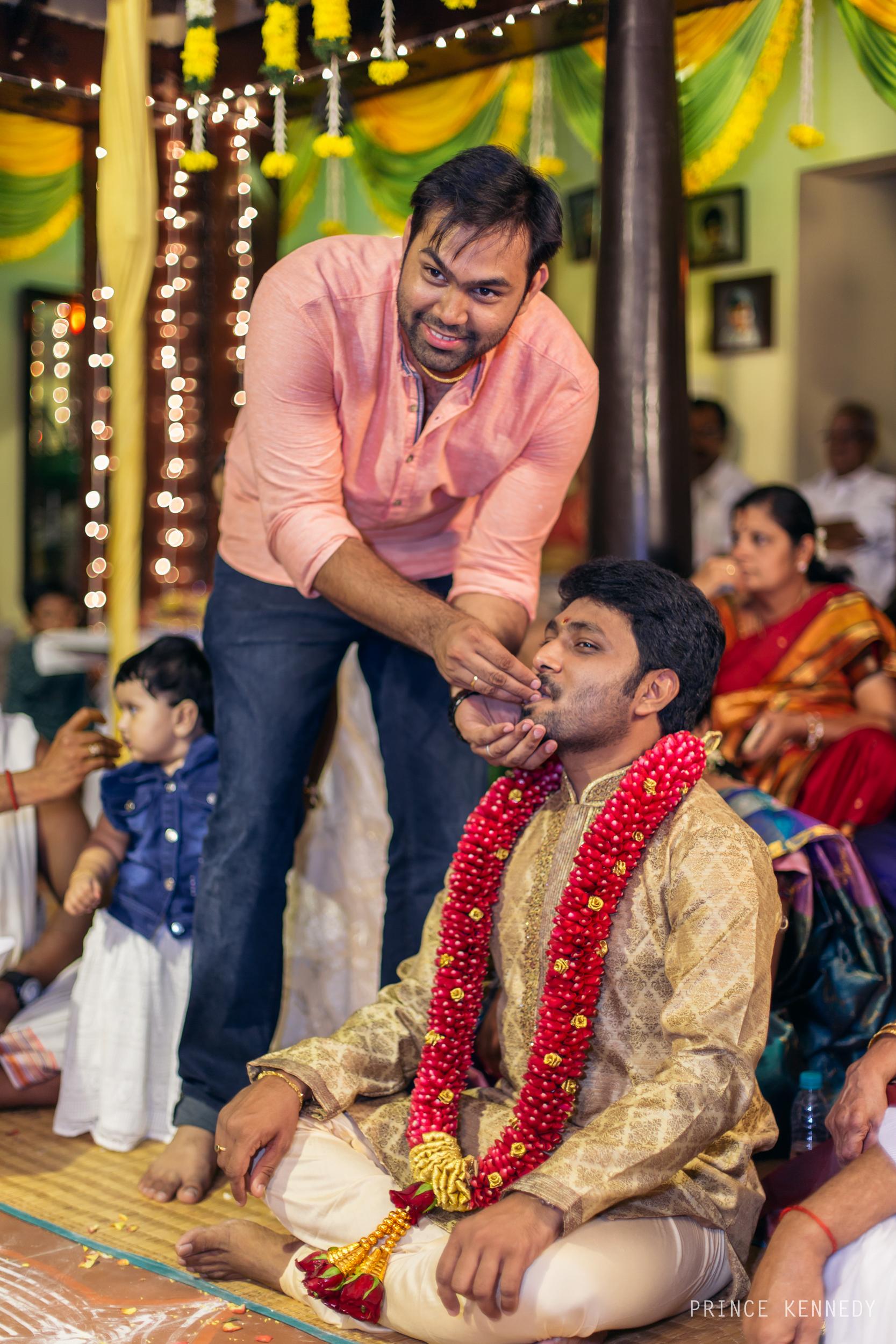 Engagement-Couple-Portrait-Portraiture-Wedding-Couple-Portrait-Chennai-Photographer-Candid-Photography-Destination-Best-Prince-Kennedy-Photography-203.jpg