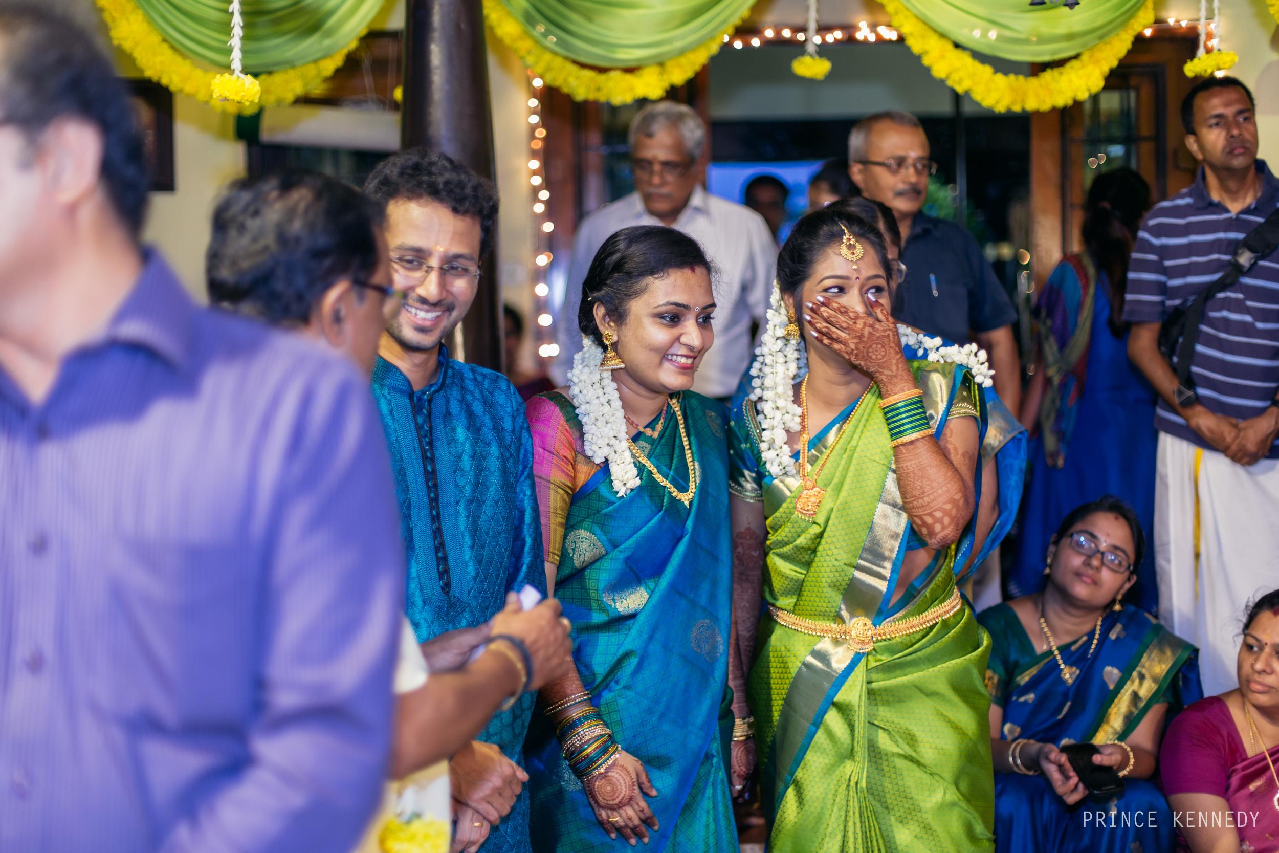 Engagement-Couple-Portrait-Portraiture-Wedding-Couple-Portrait-Chennai-Photographer-Candid-Photography-Destination-Best-Prince-Kennedy-Photography-209.jpg