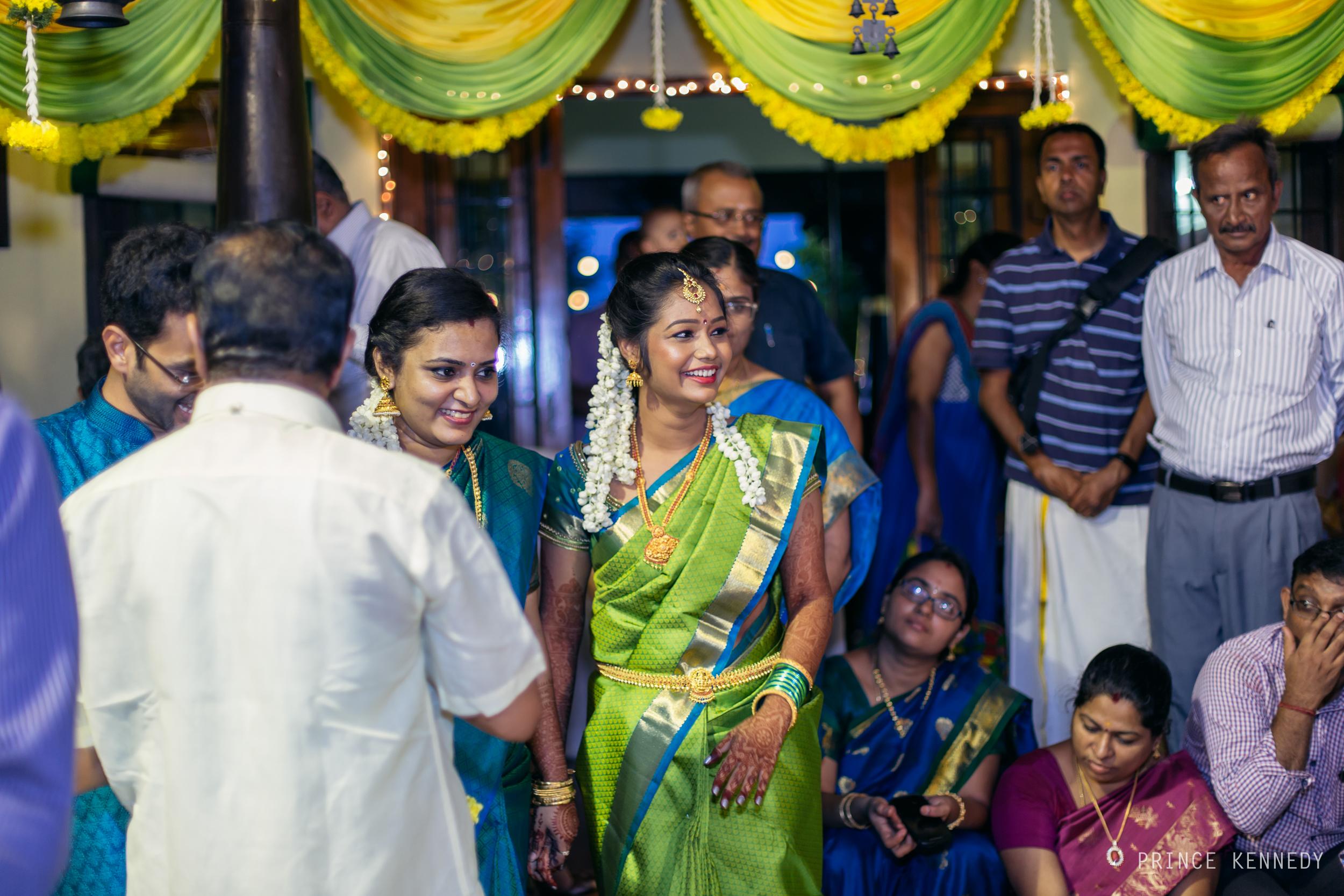 Engagement-Couple-Portrait-Portraiture-Wedding-Couple-Portrait-Chennai-Photographer-Candid-Photography-Destination-Best-Prince-Kennedy-Photography-210.jpg