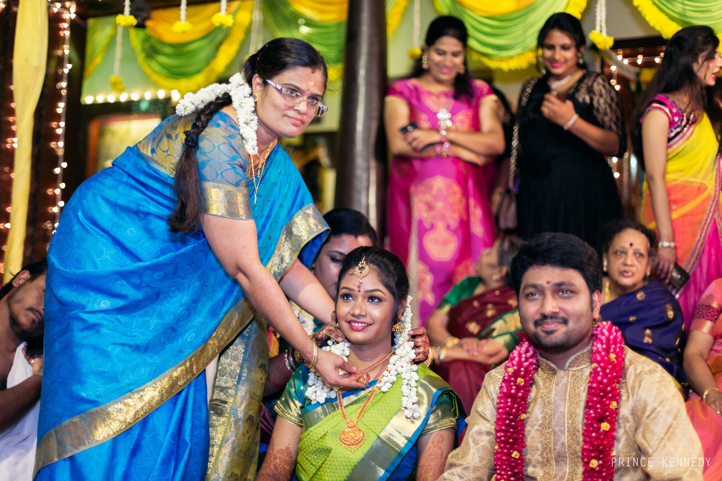 Engagement-Couple-Portrait-Portraiture-Wedding-Couple-Portrait-Chennai-Photographer-Candid-Photography-Destination-Best-Prince-Kennedy-Photography-220.jpg