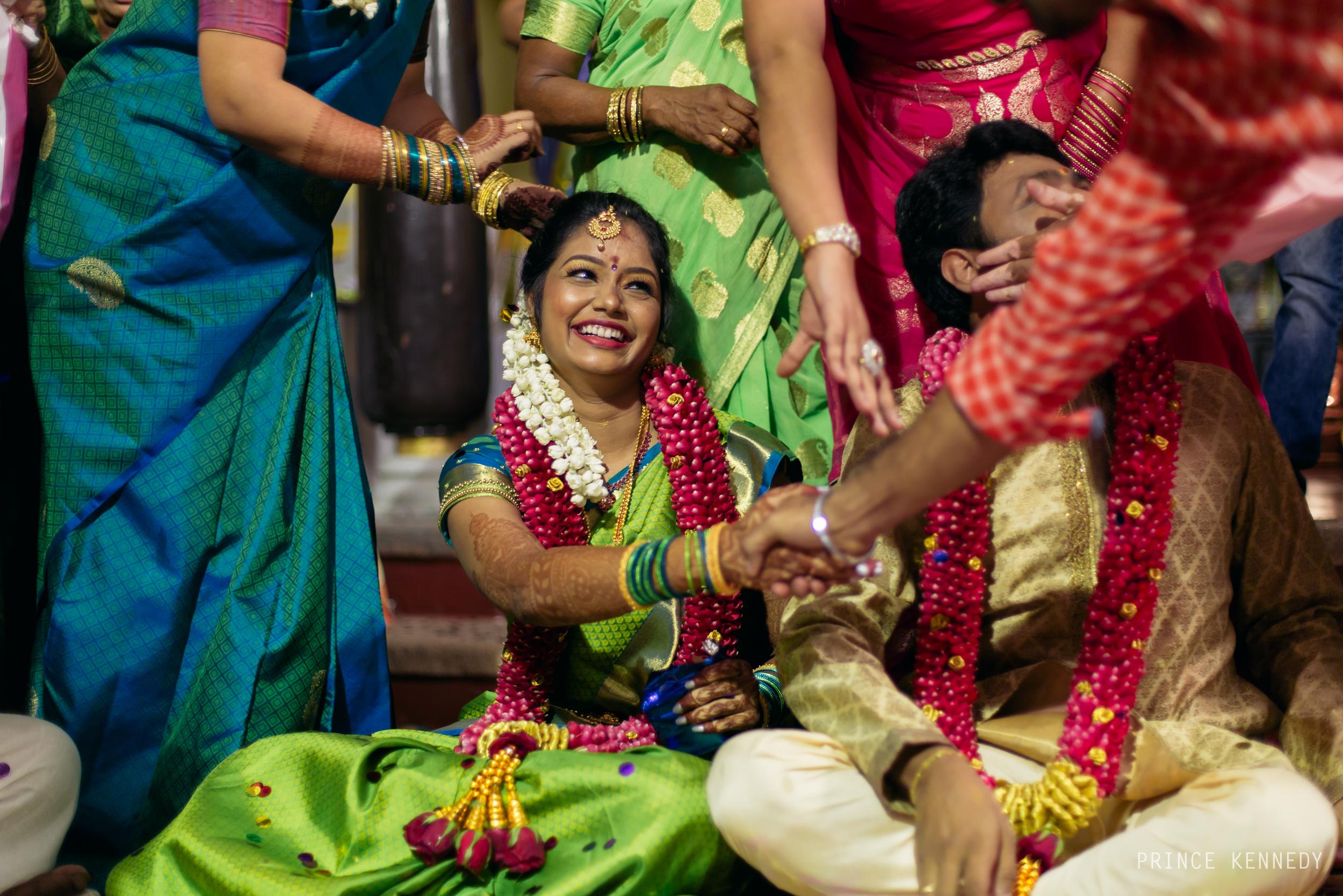 Engagement-Couple-Portrait-Portraiture-Wedding-Couple-Portrait-Chennai-Photographer-Candid-Photography-Destination-Best-Prince-Kennedy-Photography-253.jpg