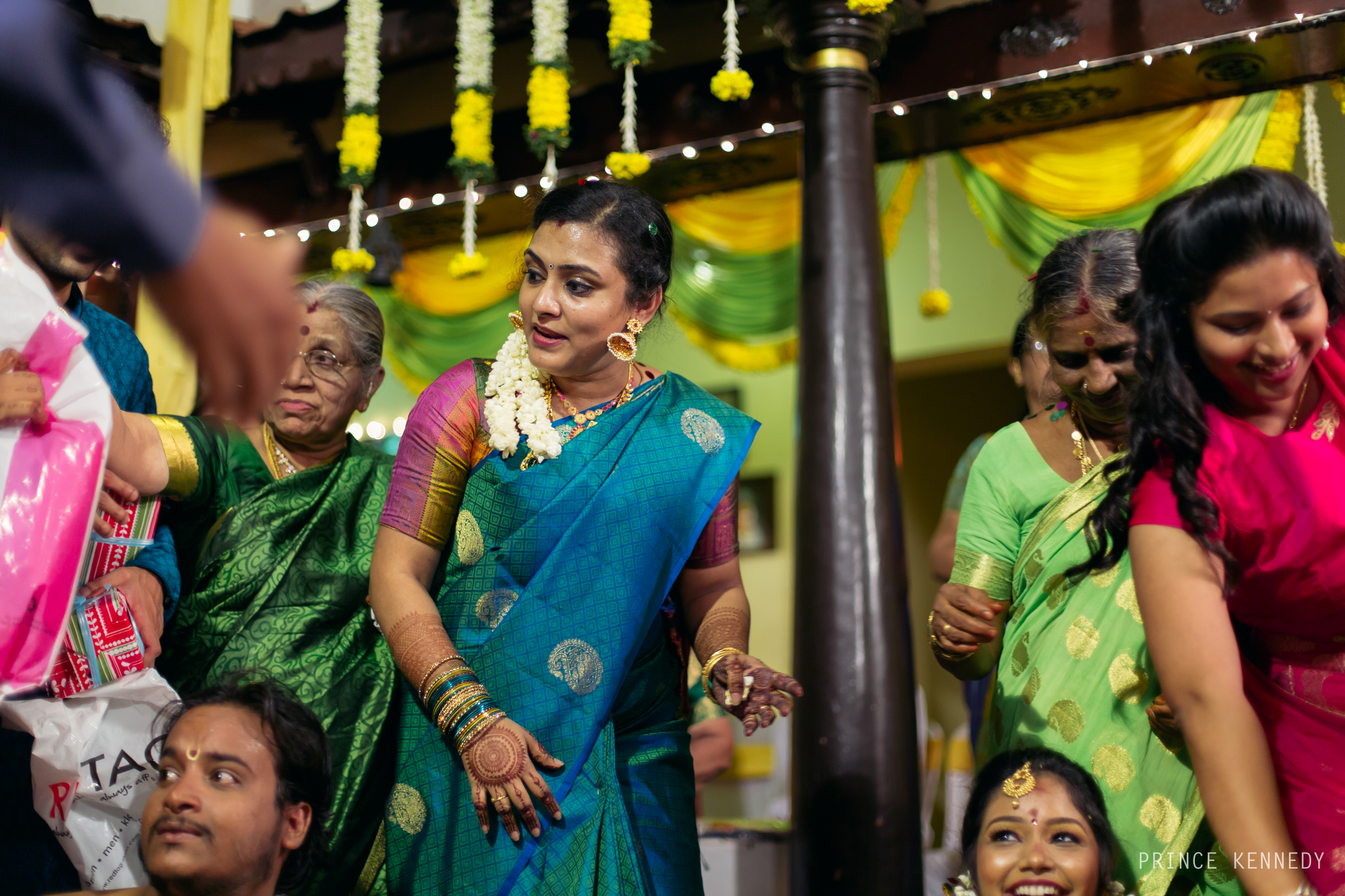 Engagement-Couple-Portrait-Portraiture-Wedding-Couple-Portrait-Chennai-Photographer-Candid-Photography-Destination-Best-Prince-Kennedy-Photography-254.jpg