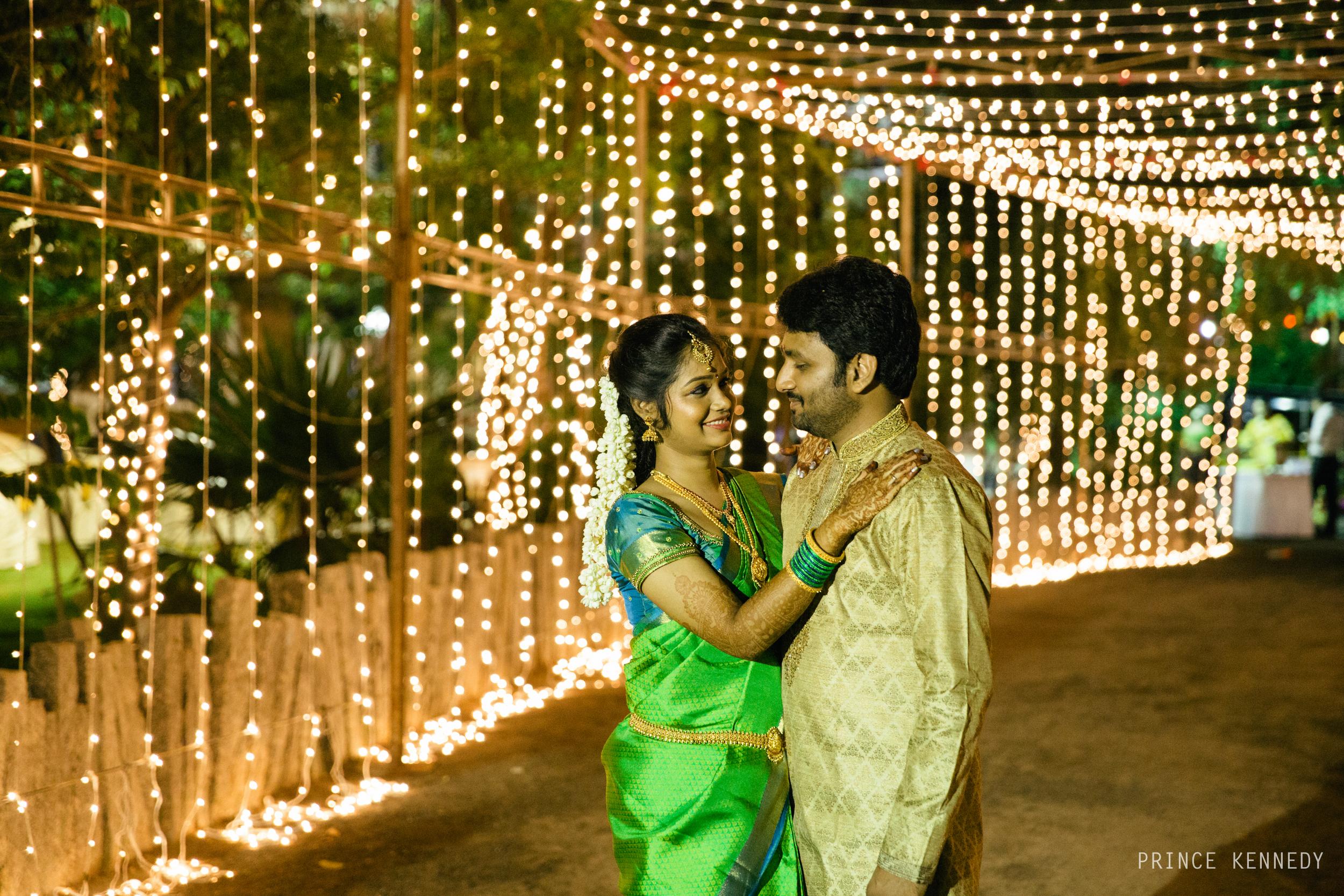 Engagement-Couple-Portrait-Portraiture-Wedding-Couple-Portrait-Chennai-Photographer-Candid-Photography-Destination-Best-Prince-Kennedy-Photography-301.jpg