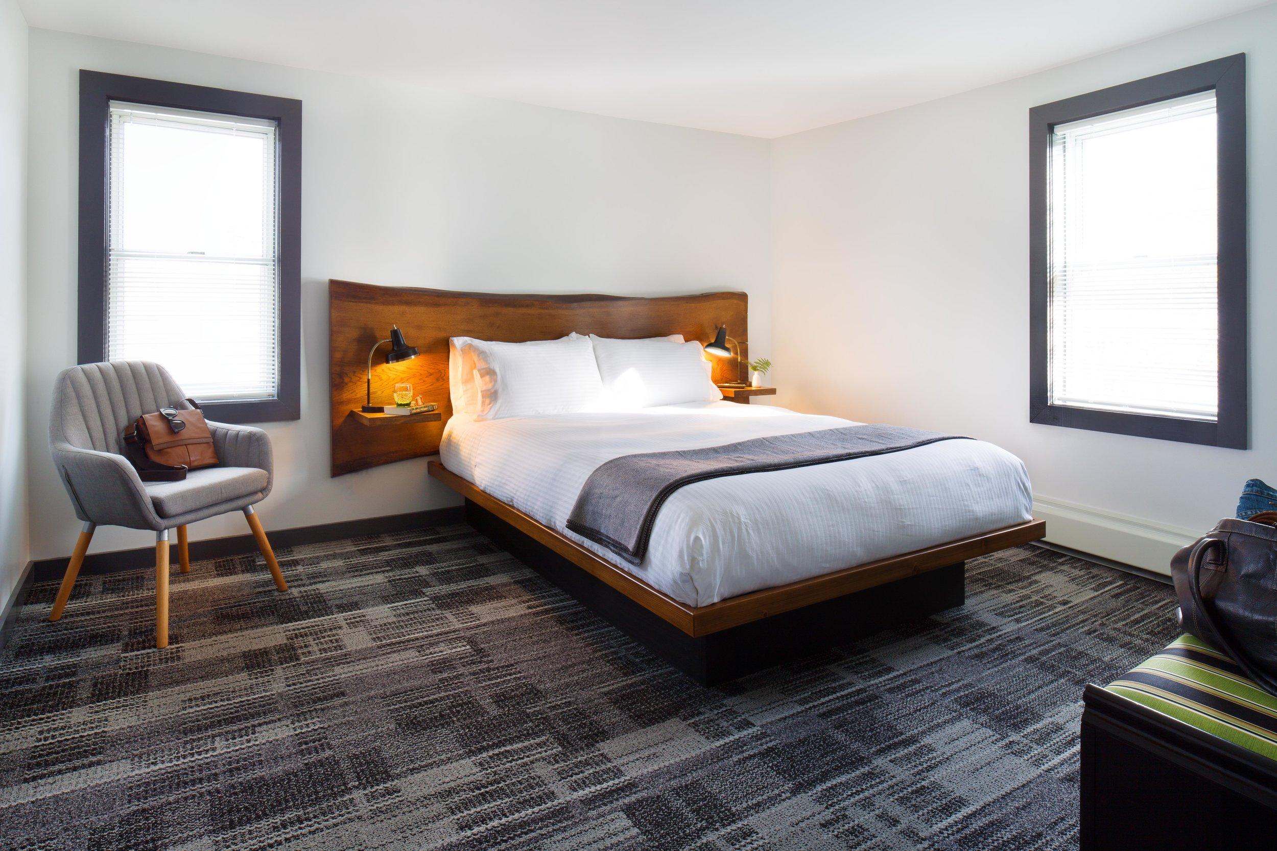 Queen Room -