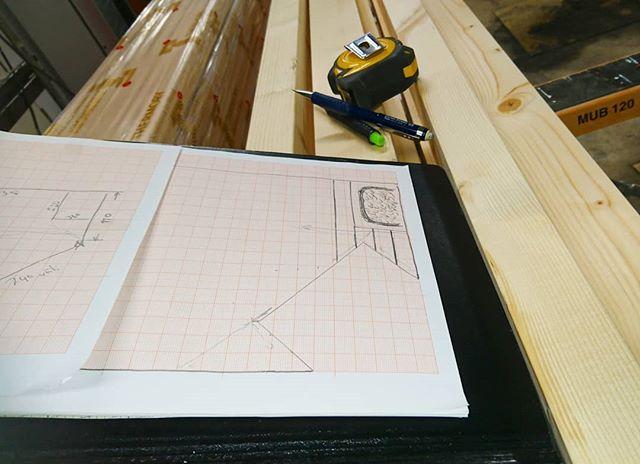 Lauteiden suunnittelua. #renokremontit #lauteet #saunaremontti #saunanlauteet #tervaleppä