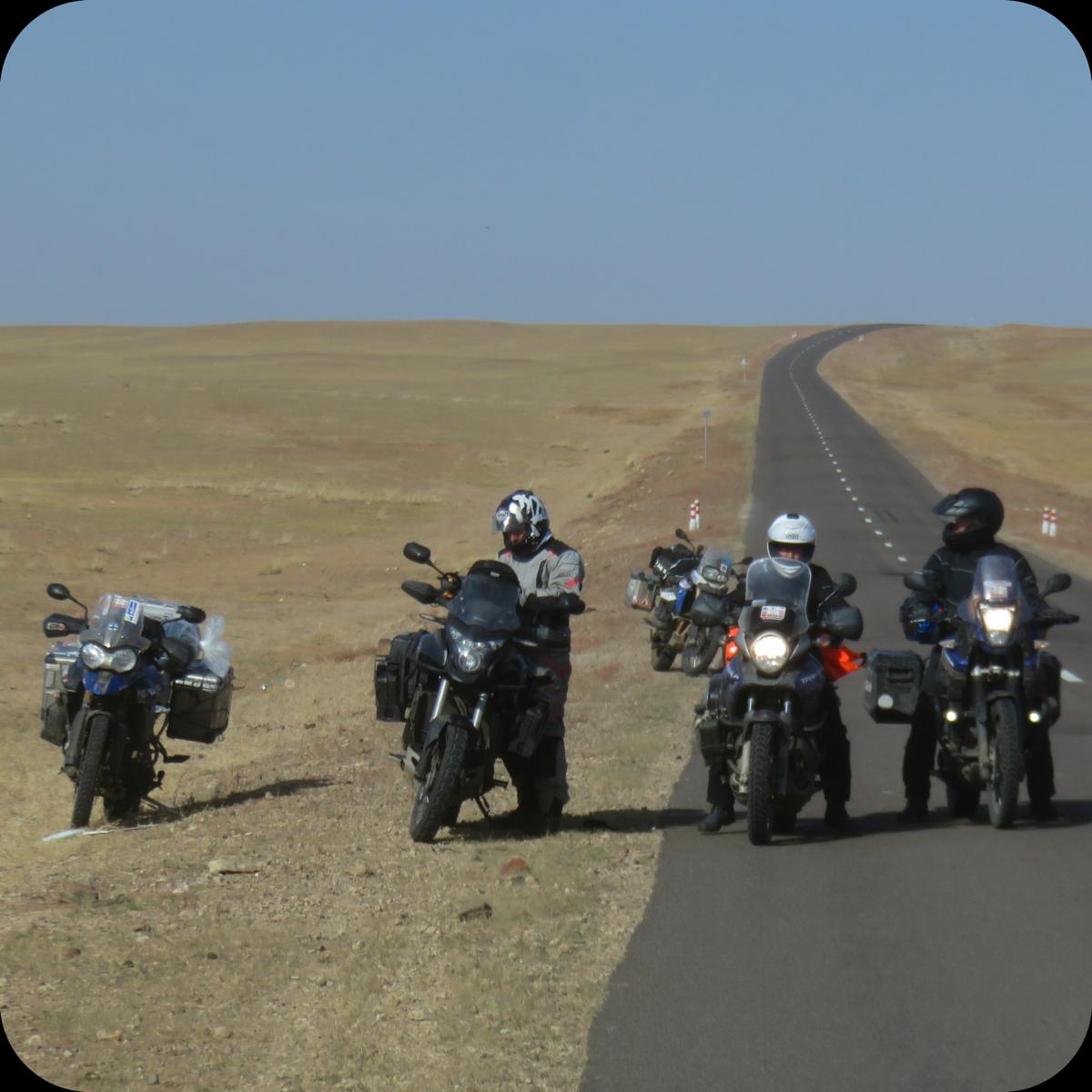 ROADS ON TOUR -