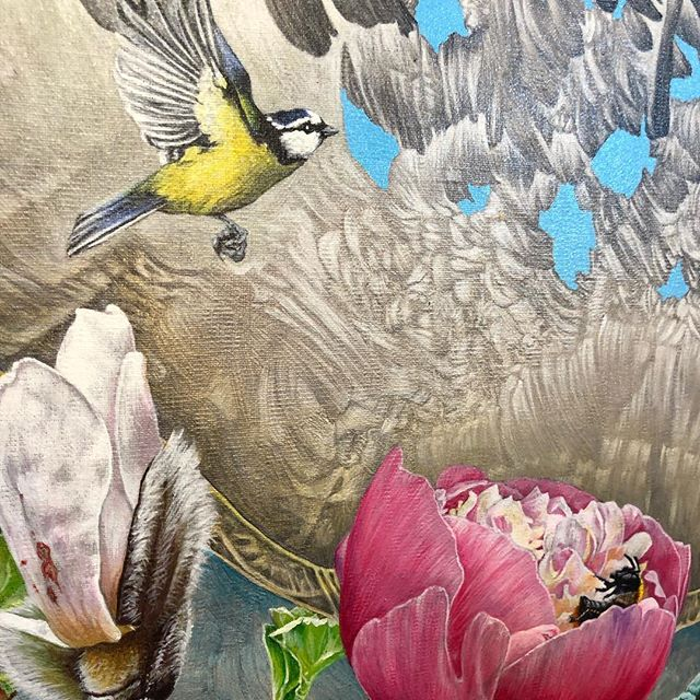 We are over the moon to have these two originals by John Hurford. The detail is so exquisite it's hard to believe that they are paintings! The Blue Tit with Bee measures 35 x 45cm and the Iris is 45 x 55cm. Priced at £2000 each. Call to reserve as they won't last long! #birdart #bird #bluetit #botanical #botanicalart #luxuryliving #artinvestment