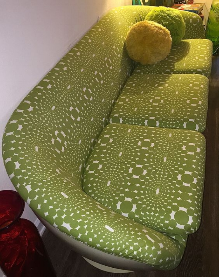 op-art-couch.jpg