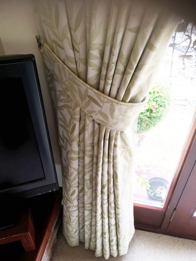 Bespoke floral curtains derbyshire