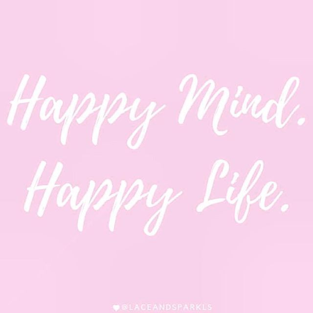 Happy Friday🥳💋🥰🤗 however your week was and whatever you are doing this weekend we hope it makes you happy .. check out our latest blog on mental health on the SW Lowdown at www.stealthywoman.com .. subscribe for updates 😚 #mentalhealthawareness #sunshine #vitamind #vitaminddeficiency #happiness #selfcare #wellness #friday #weekend #london #modestfashion #ramadan #femtech