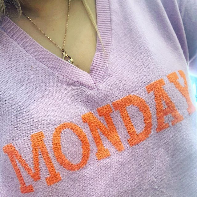 "Happy ""Mon""day - yes that mon means ""my"" in french.. so there we go it means my-day! That's a much more promising start to the week. It's your day, it's your week - go on - Own it! #mondaymotivation #happiness #vitaminddeficiency #sun #bame #modestfashion #bengali #femtech #entrepreneur #diversity #wellness #work #eidmubarak"