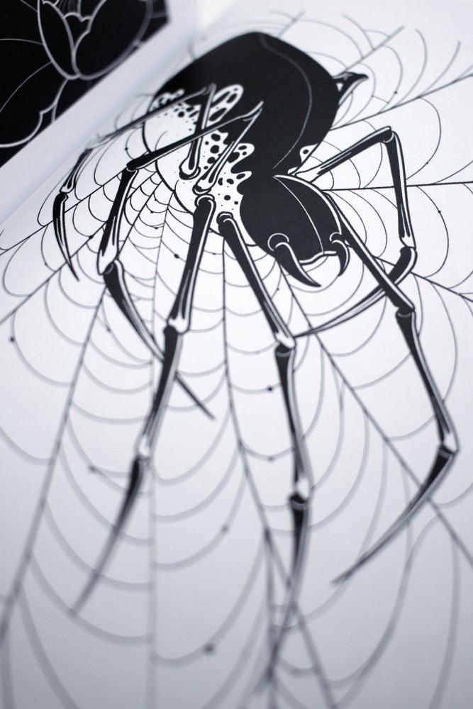 Ocsar Hove Black Into The Garden 4.jpg
