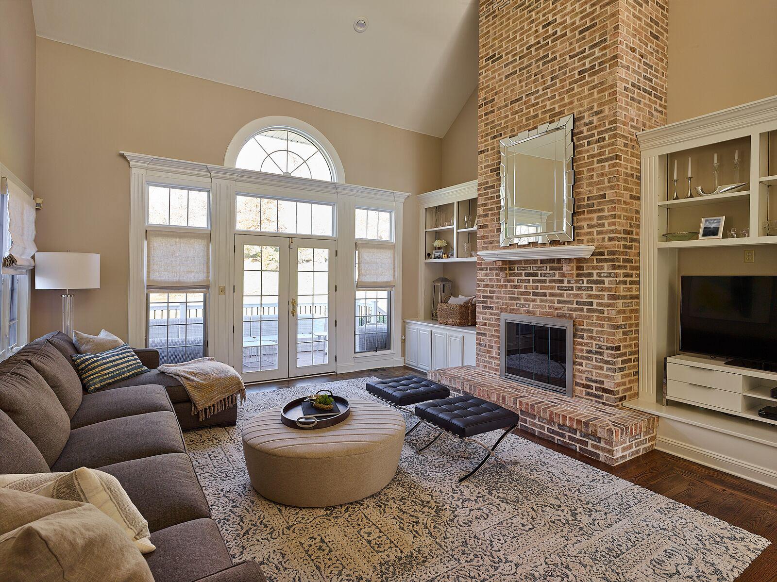livingroom2 copy (2).jpg
