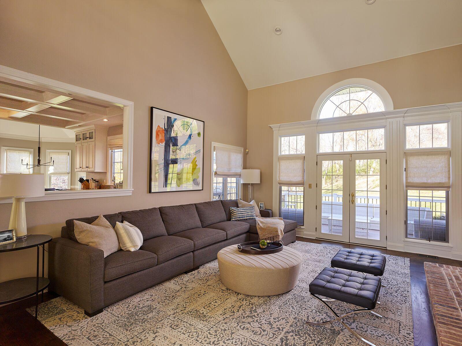 livingroom copy (1) (3).jpg