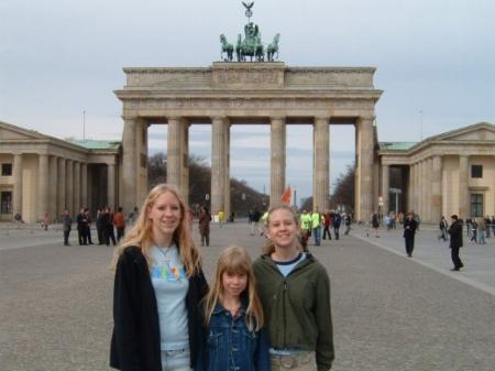 Sisters in Berlin