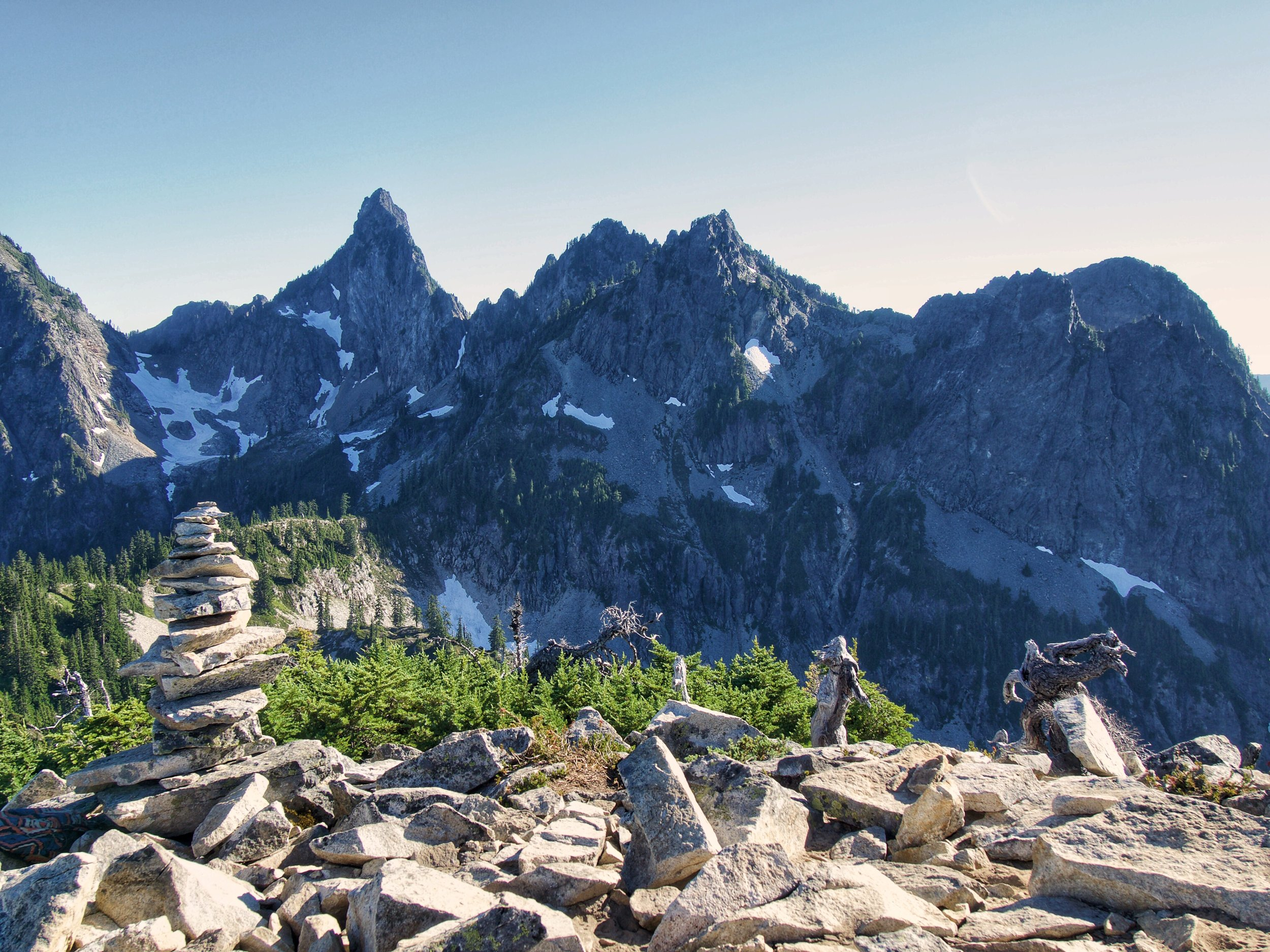 Mountain peaks in the Alpine Lakes Wilderness
