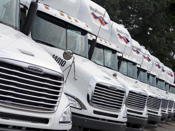 Holland Trucks-600x450.jpg