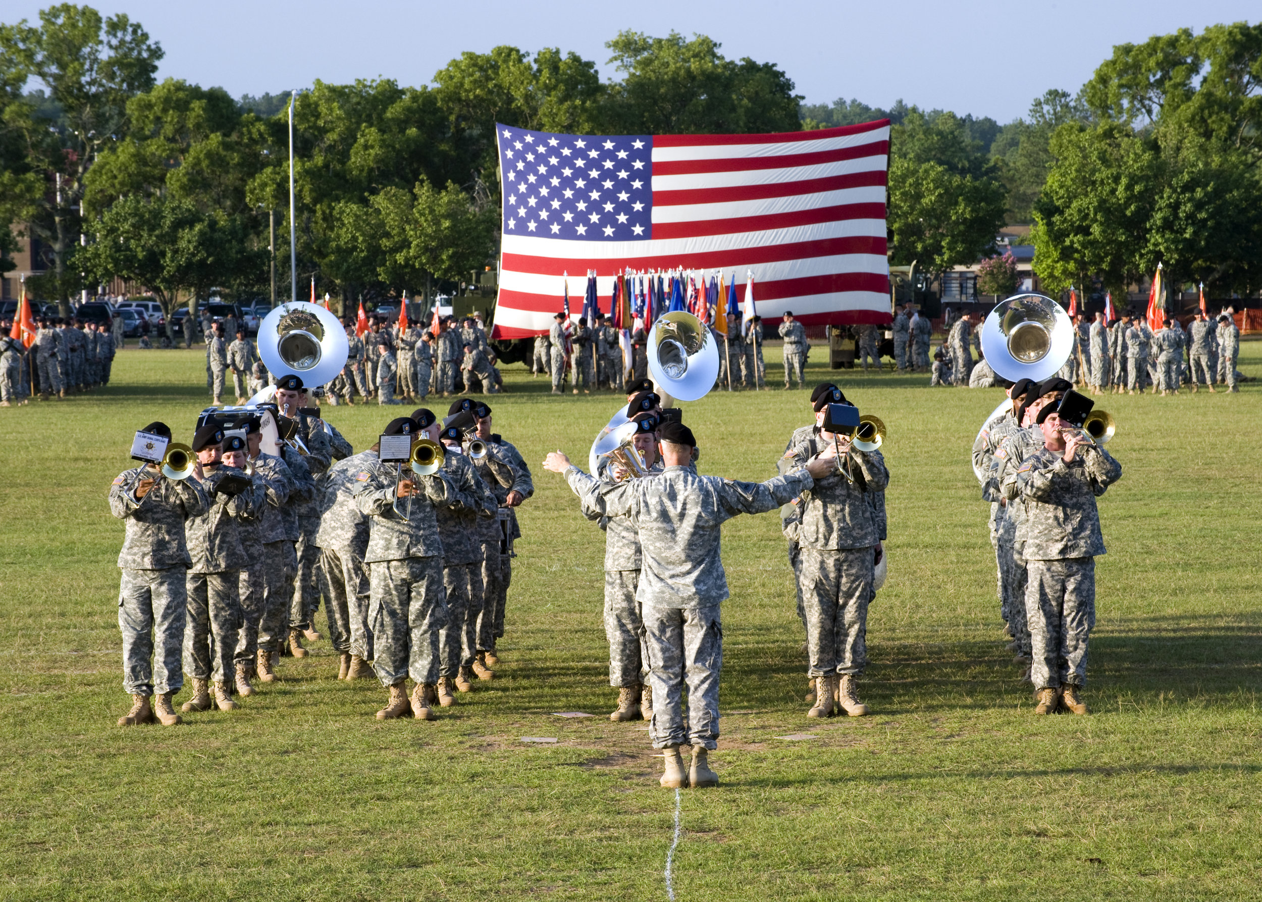 U.S._Soldiers,_of_434th_Signal_Corps_Band_play_on_the_field,_during_the_opening_ceremony,_at_Signal_Center_commanding_general_change_of_command_ceremony,_on_Fort_Gordon,_Ga.,_July_21,_2010_100721-A-NF756-001.jpg