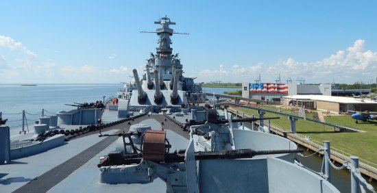 battleship-uss-alabama.jpg