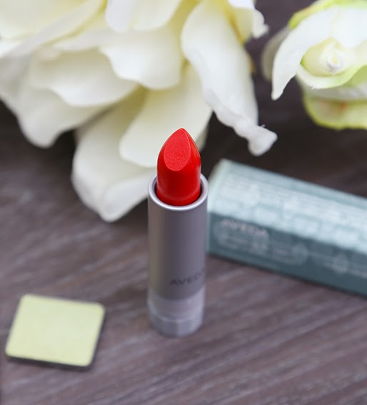 AVEDA Lip Stick