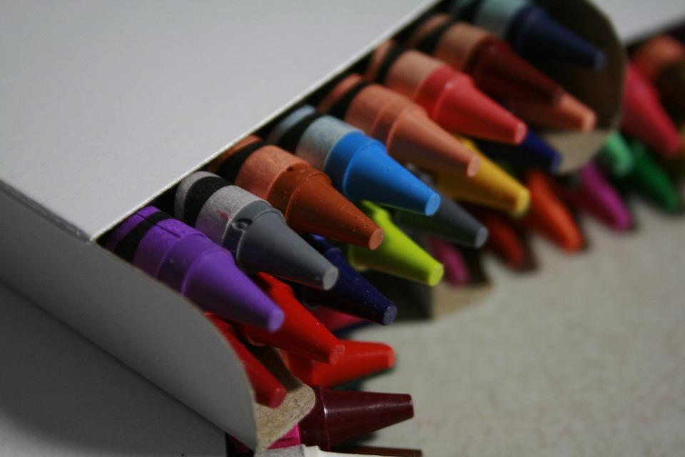 crayons-2381911_960_720.jpg