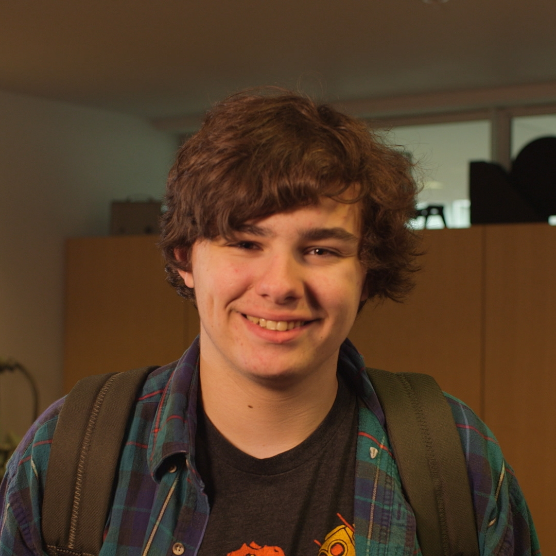 Nick Harvard   Production Assistant/Gaffer/Grip   Hanover High School student.