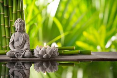 Buddah_candle 377x250.jpg